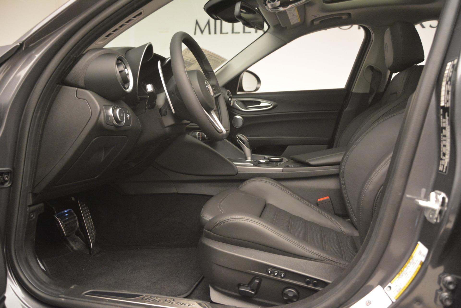 New 2019 Alfa Romeo Giulia Ti Sport Q4 For Sale In Greenwich, CT 2911_p14