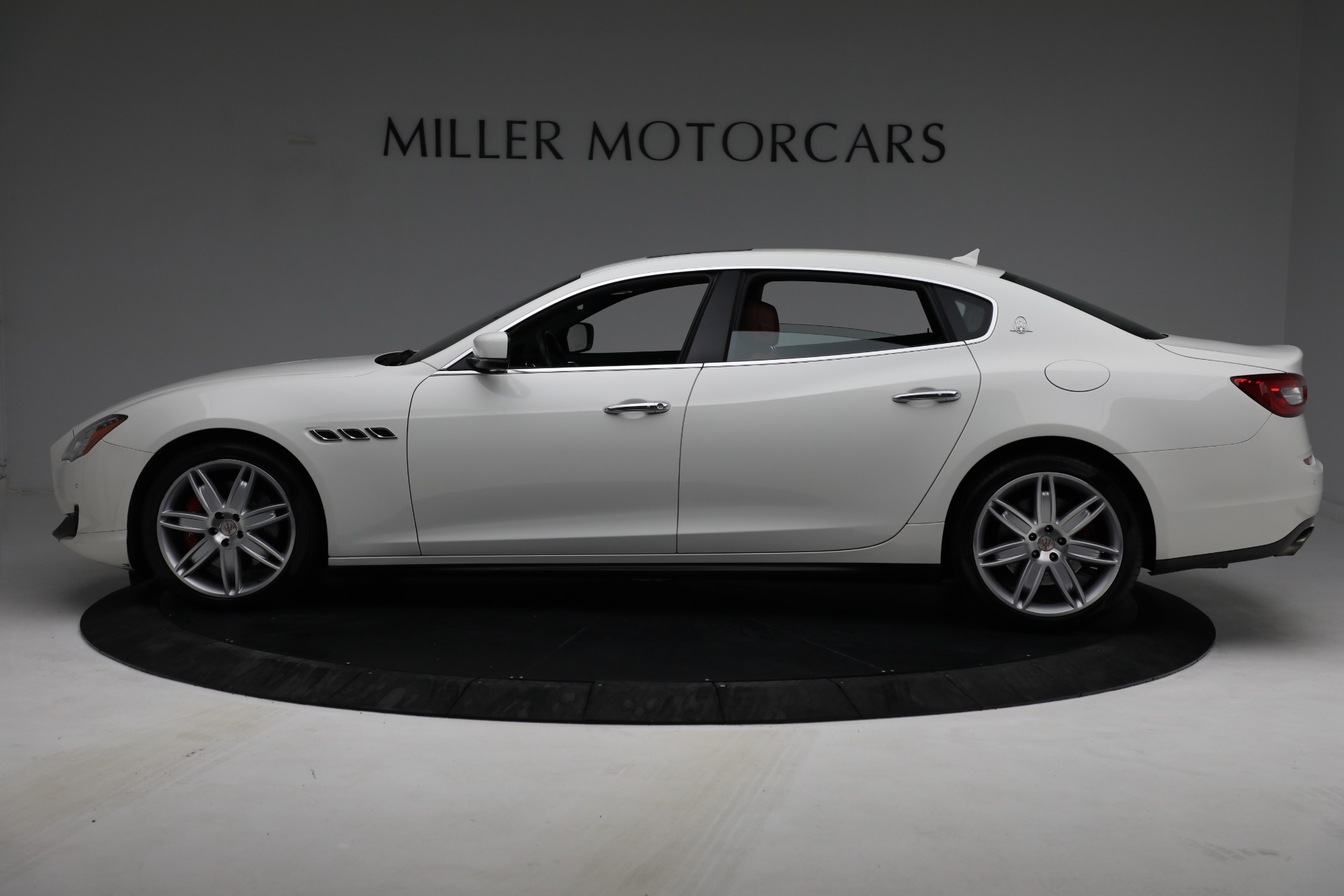 Used 2015 Maserati Quattroporte S Q4 For Sale In Greenwich, CT 2915_p3