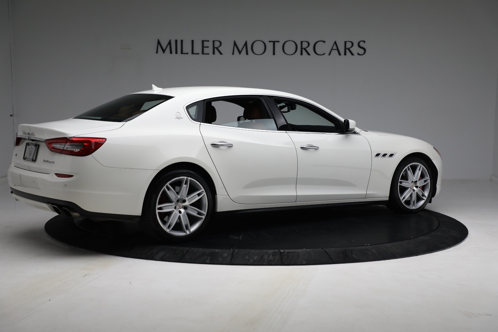 Used 2015 Maserati Quattroporte S Q4 For Sale In Greenwich, CT 2915_p8
