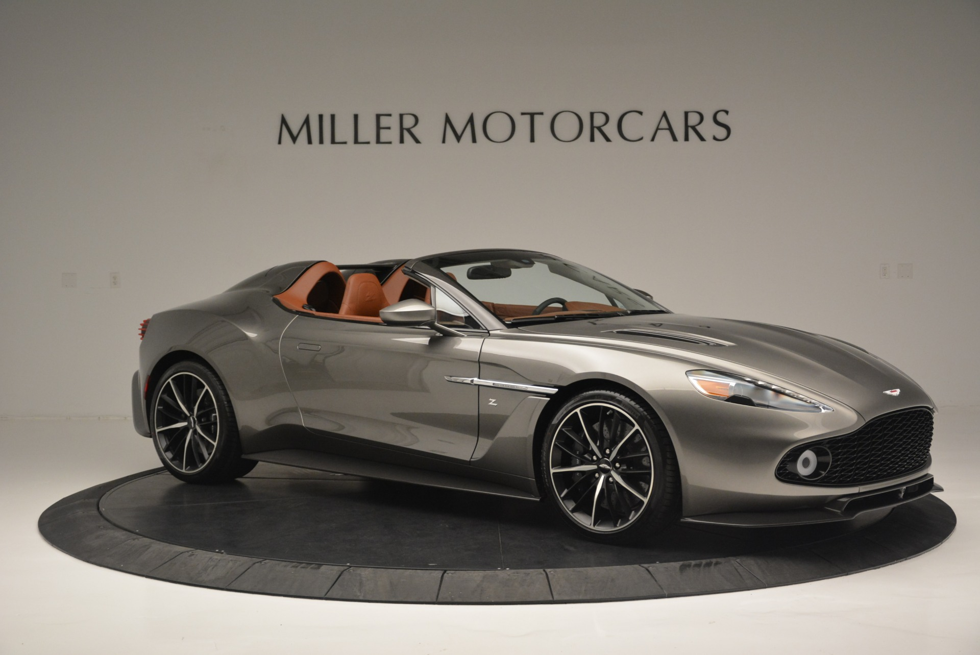 Used 2018 Aston Martin Zagato Speedster Convertible For Sale In Greenwich, CT 2916_p10