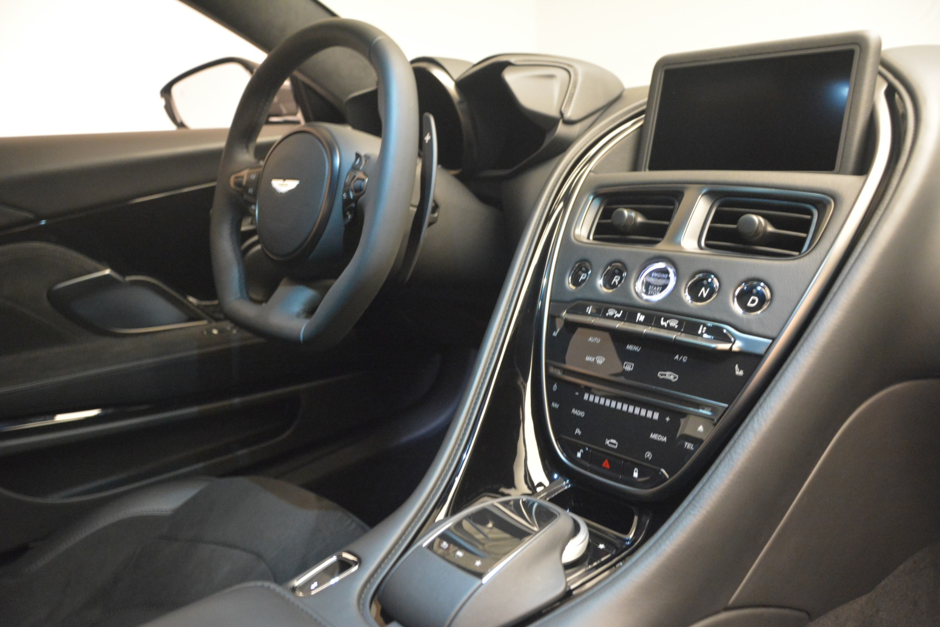 New 2019 Aston Martin DBS Coupe For Sale In Greenwich, CT 2917_p21