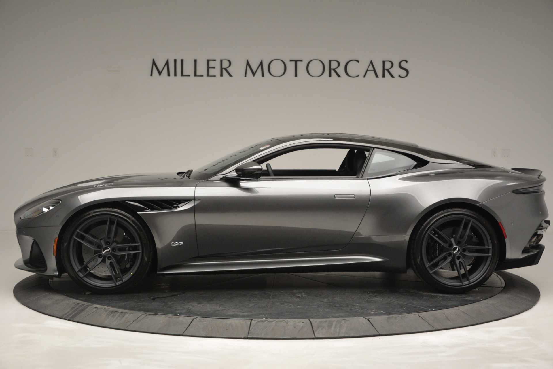 New 2019 Aston Martin DBS Coupe For Sale In Greenwich, CT 2917_p3