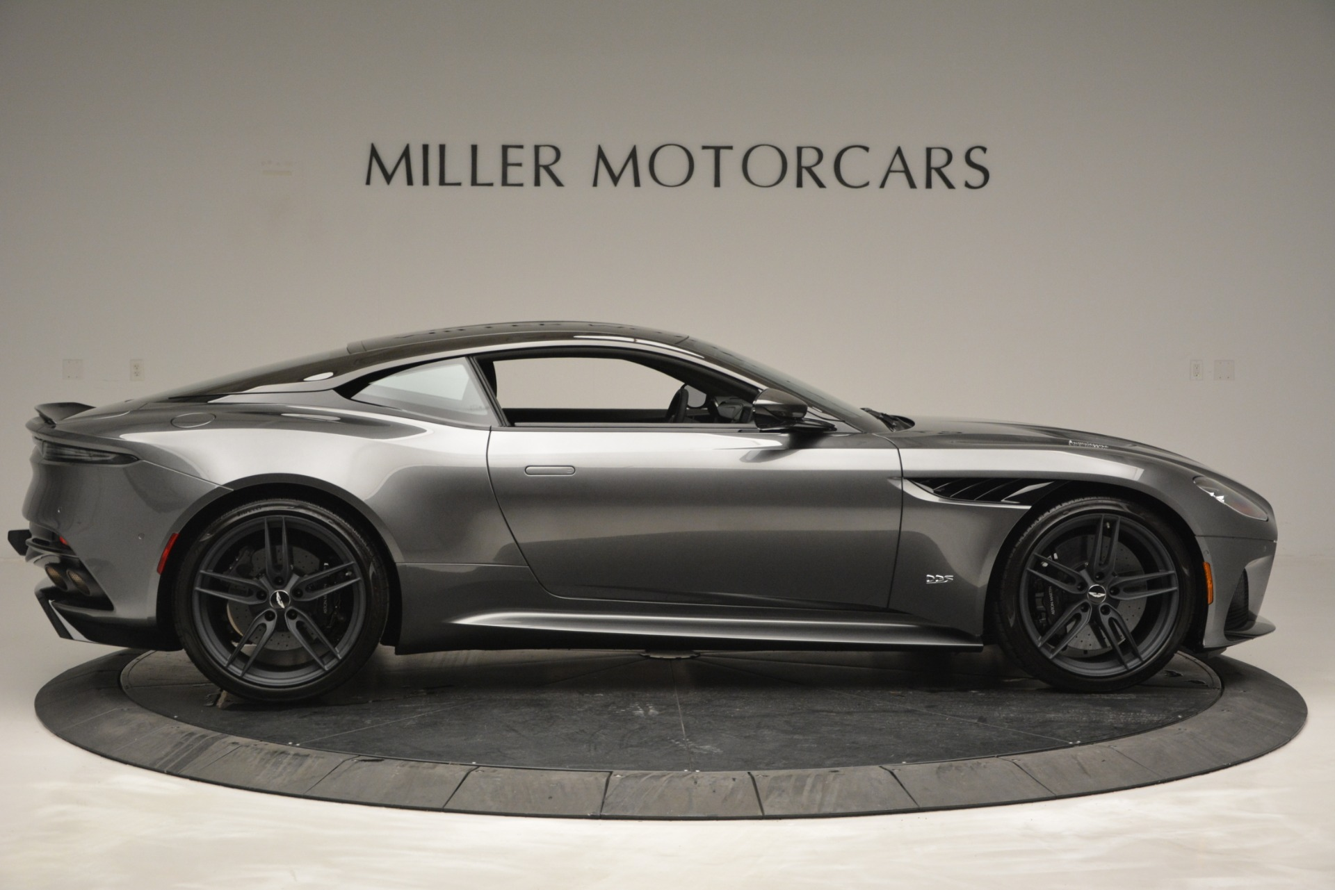 New 2019 Aston Martin DBS Coupe For Sale In Greenwich, CT 2917_p9