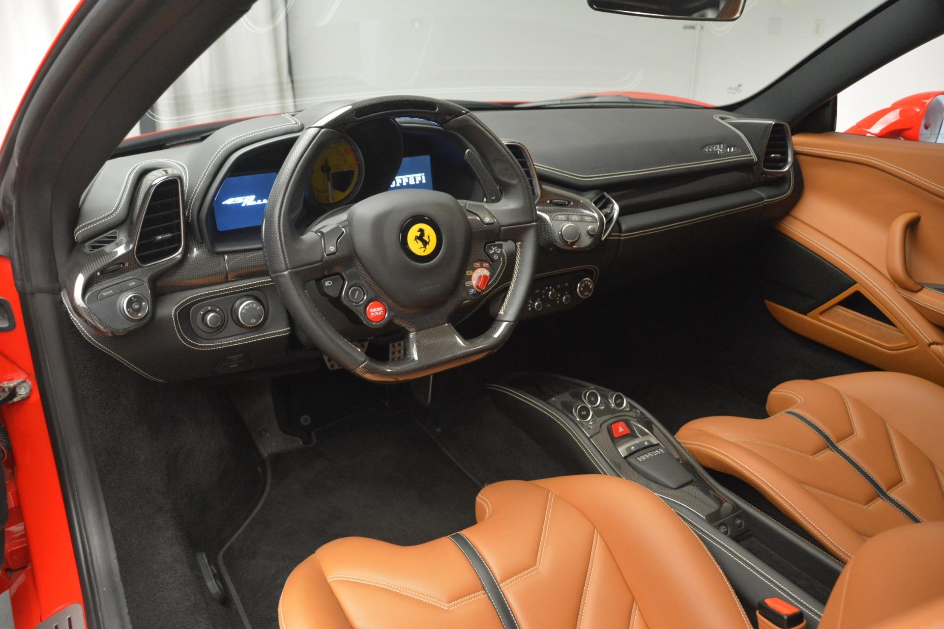 Used 2014 Ferrari 458 Italia  For Sale In Greenwich, CT 2920_p13