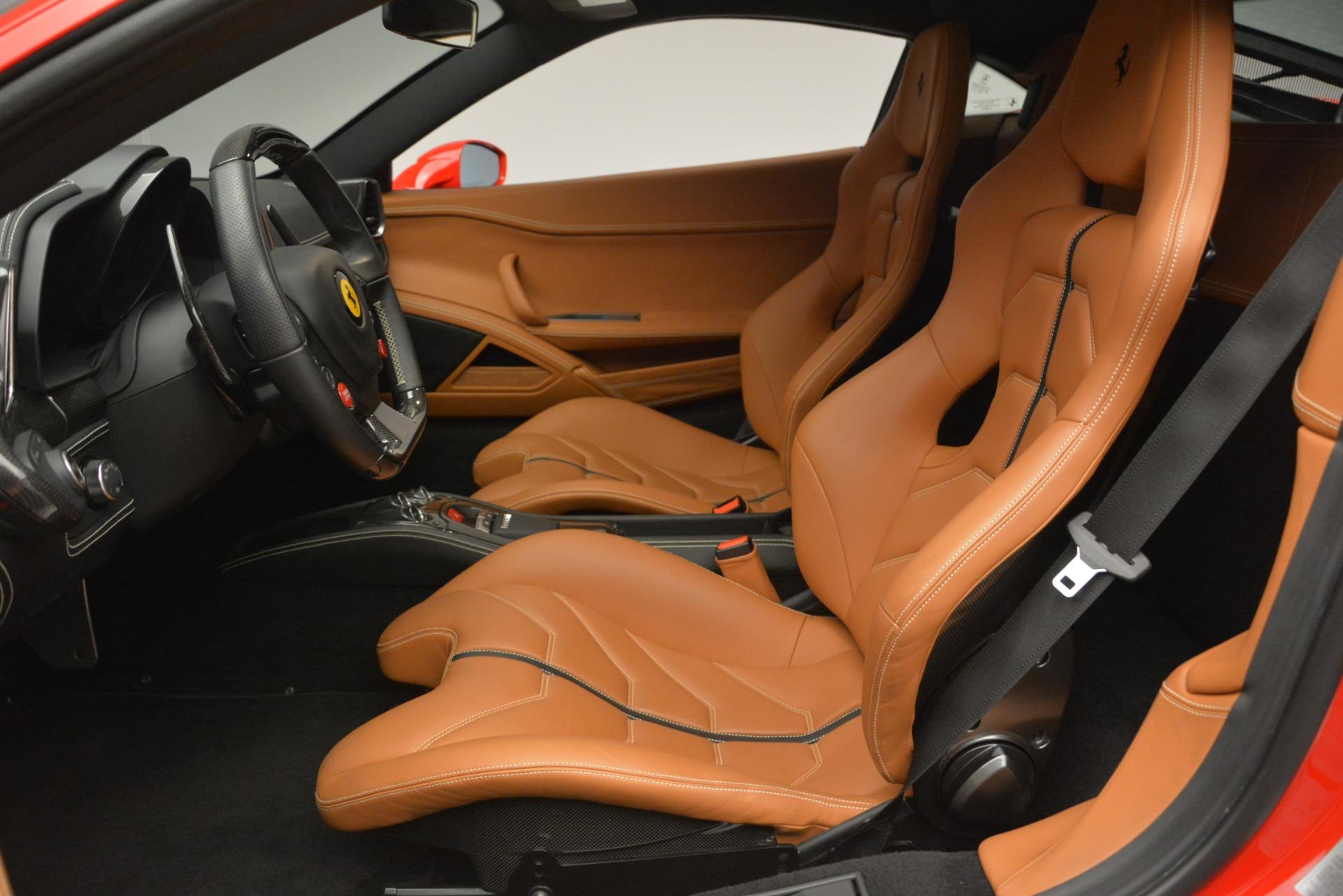 Used 2014 Ferrari 458 Italia  For Sale In Greenwich, CT 2920_p14