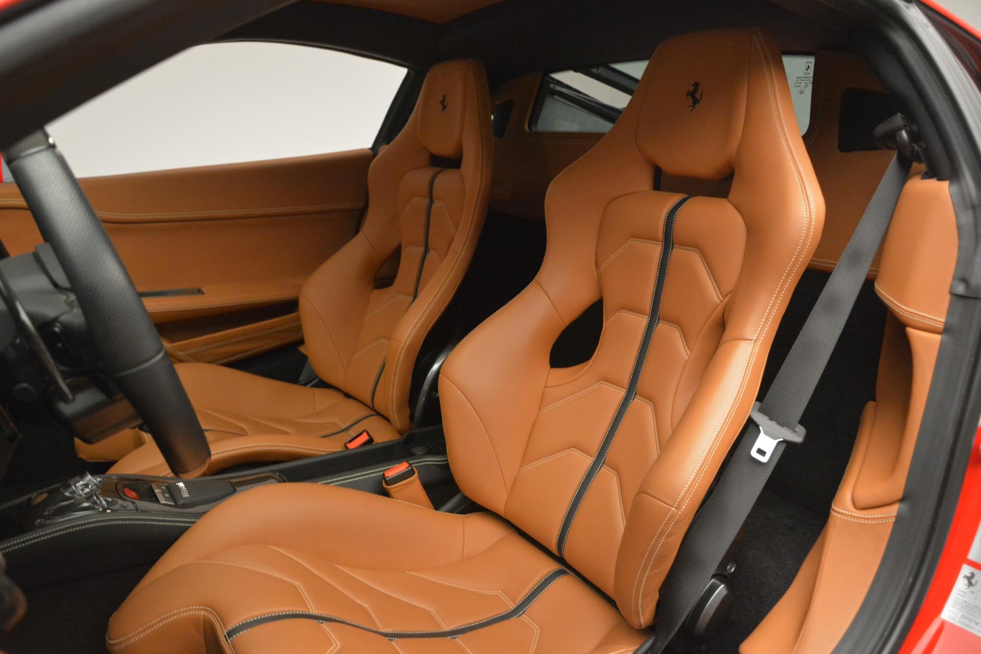 Used 2014 Ferrari 458 Italia  For Sale In Greenwich, CT 2920_p15