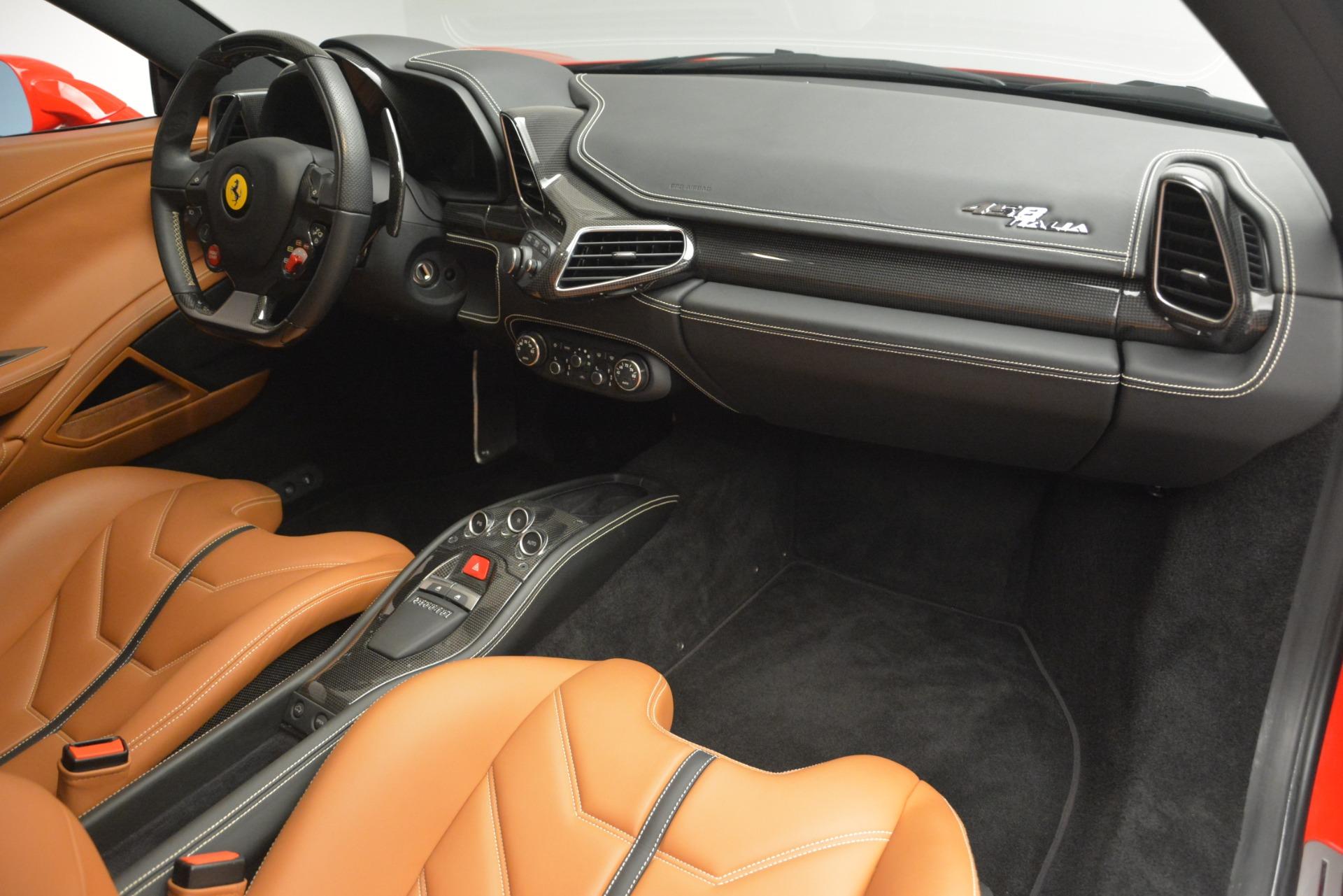 Used 2014 Ferrari 458 Italia  For Sale In Greenwich, CT 2920_p17