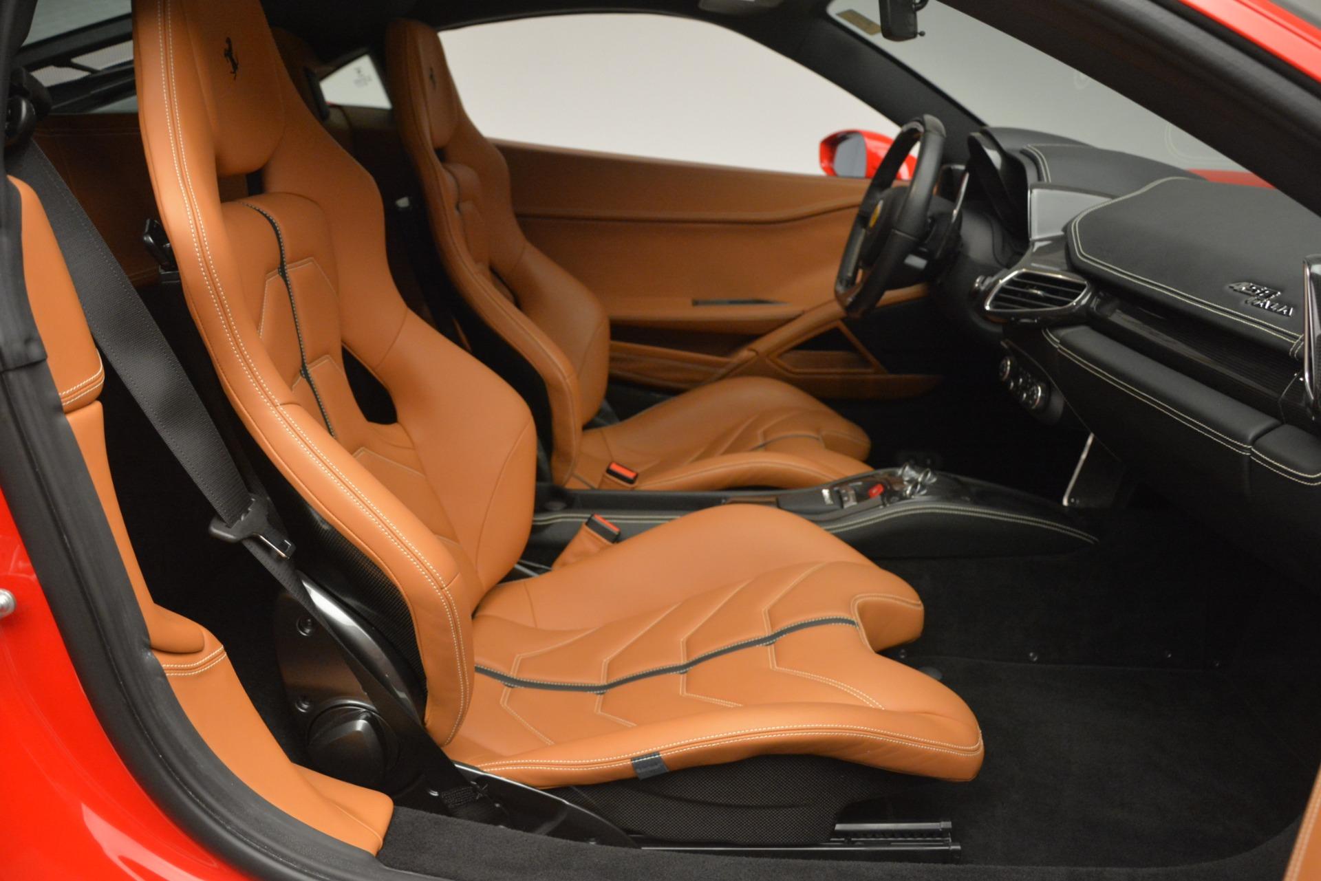 Used 2014 Ferrari 458 Italia  For Sale In Greenwich, CT 2920_p18