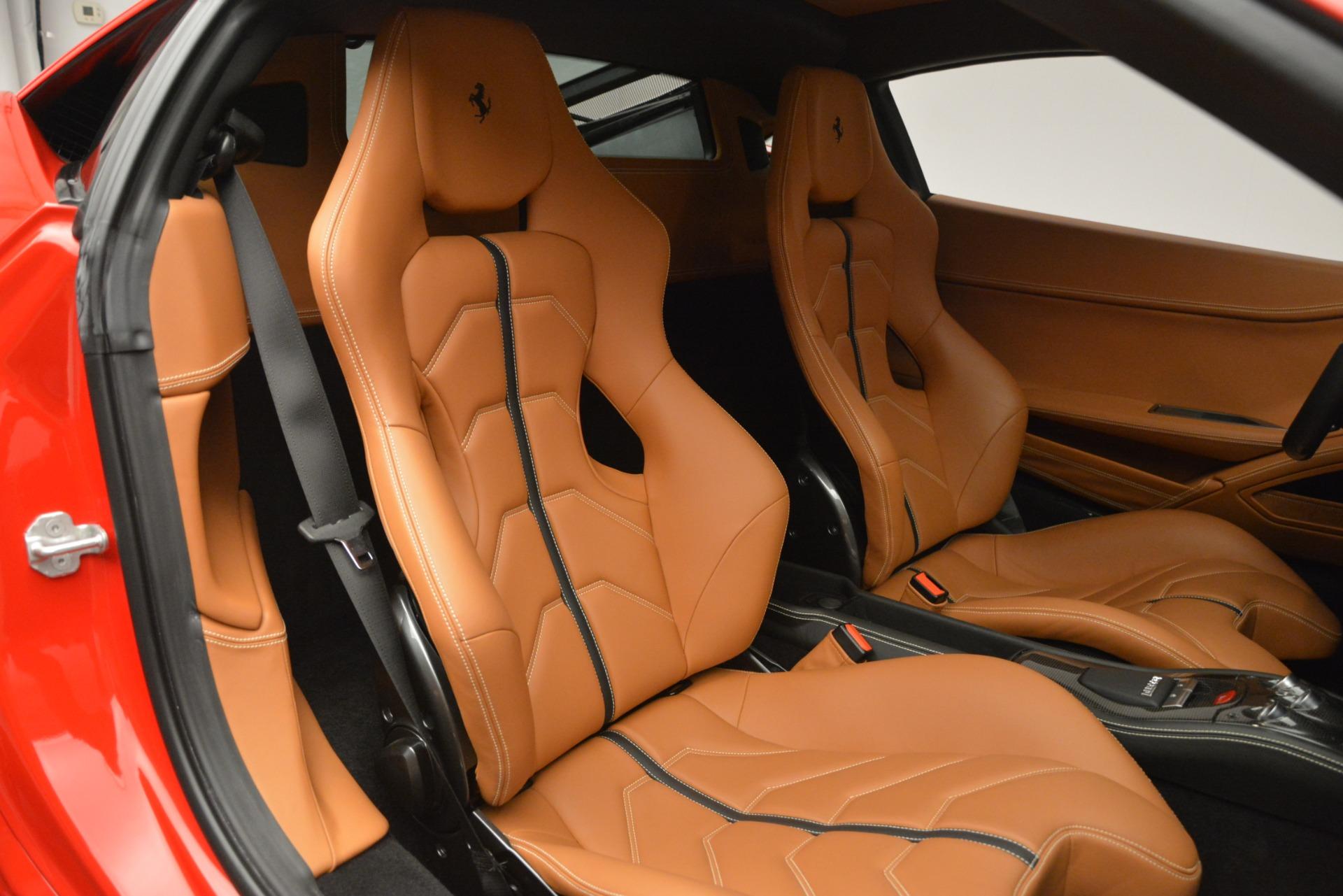 Used 2014 Ferrari 458 Italia  For Sale In Greenwich, CT 2920_p19