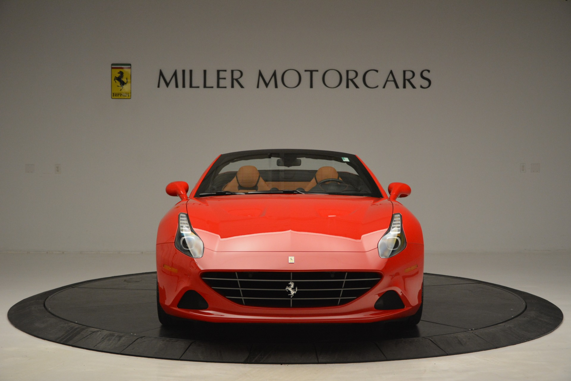 Used 2016 Ferrari California T Handling Speciale For Sale In Greenwich, CT 2921_p12