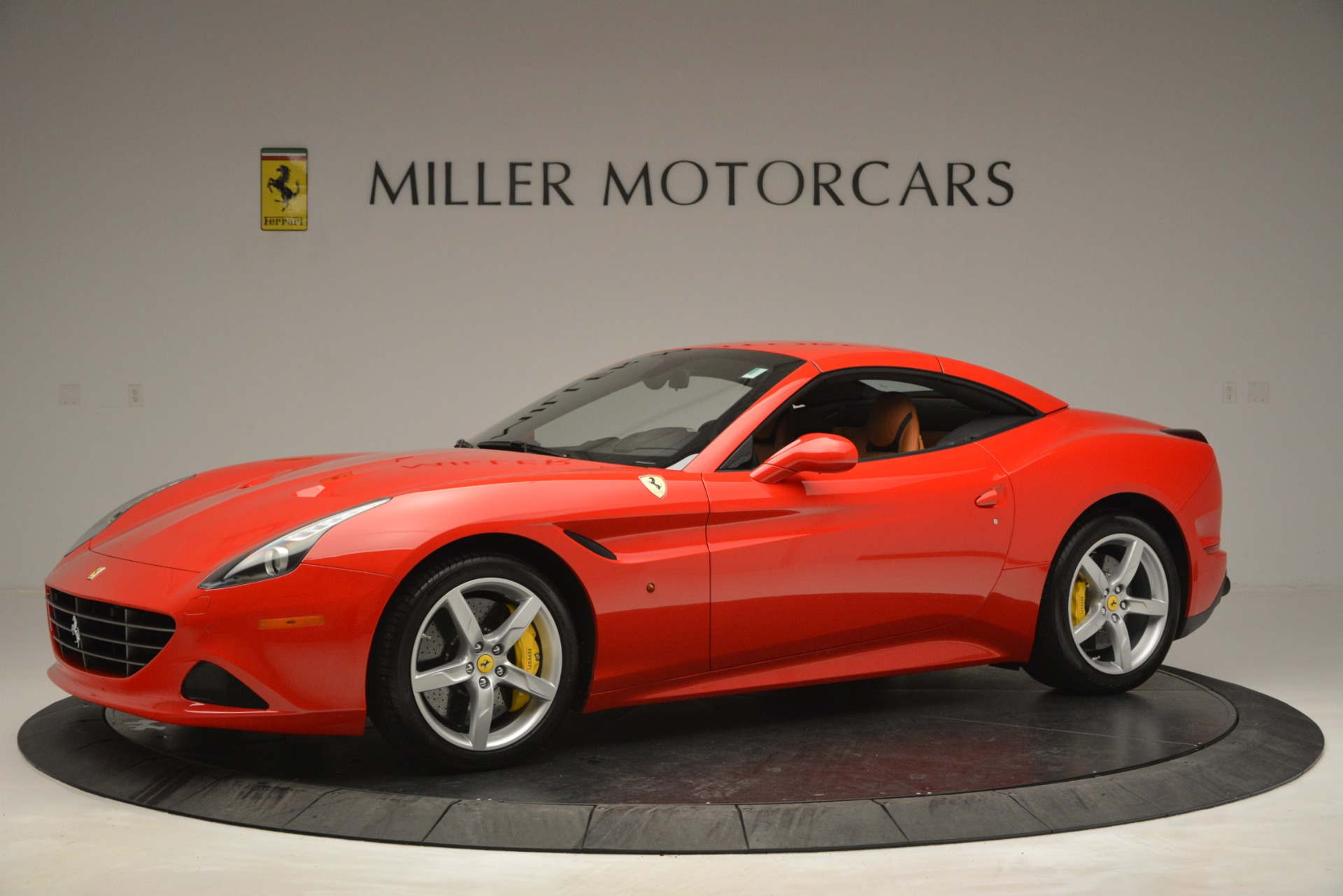 Used 2016 Ferrari California T Handling Speciale For Sale In Greenwich, CT 2921_p13