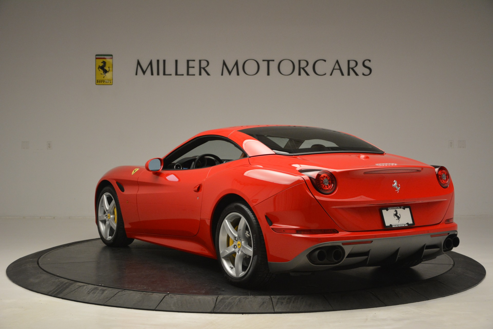 Used 2016 Ferrari California T Handling Speciale For Sale In Greenwich, CT 2921_p16