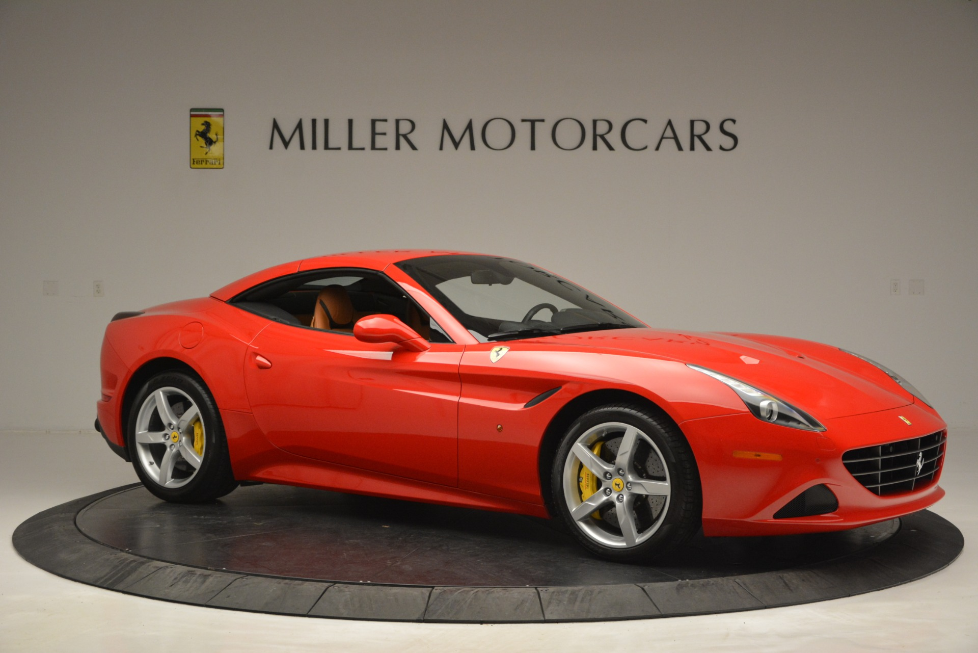 Used 2016 Ferrari California T Handling Speciale For Sale In Greenwich, CT 2921_p21