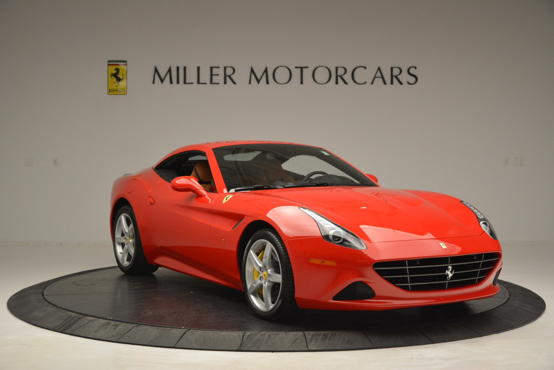 Used 2016 Ferrari California T Handling Speciale For Sale In Greenwich, CT 2921_p22
