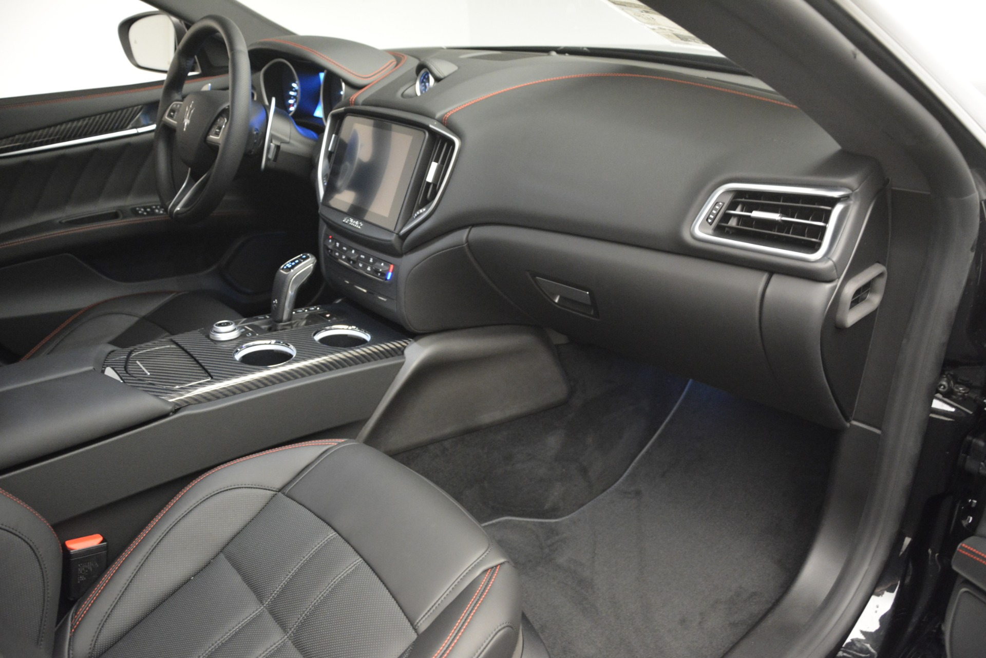 New 2019 Maserati Ghibli S Q4 GranSport For Sale In Greenwich, CT 2924_p24