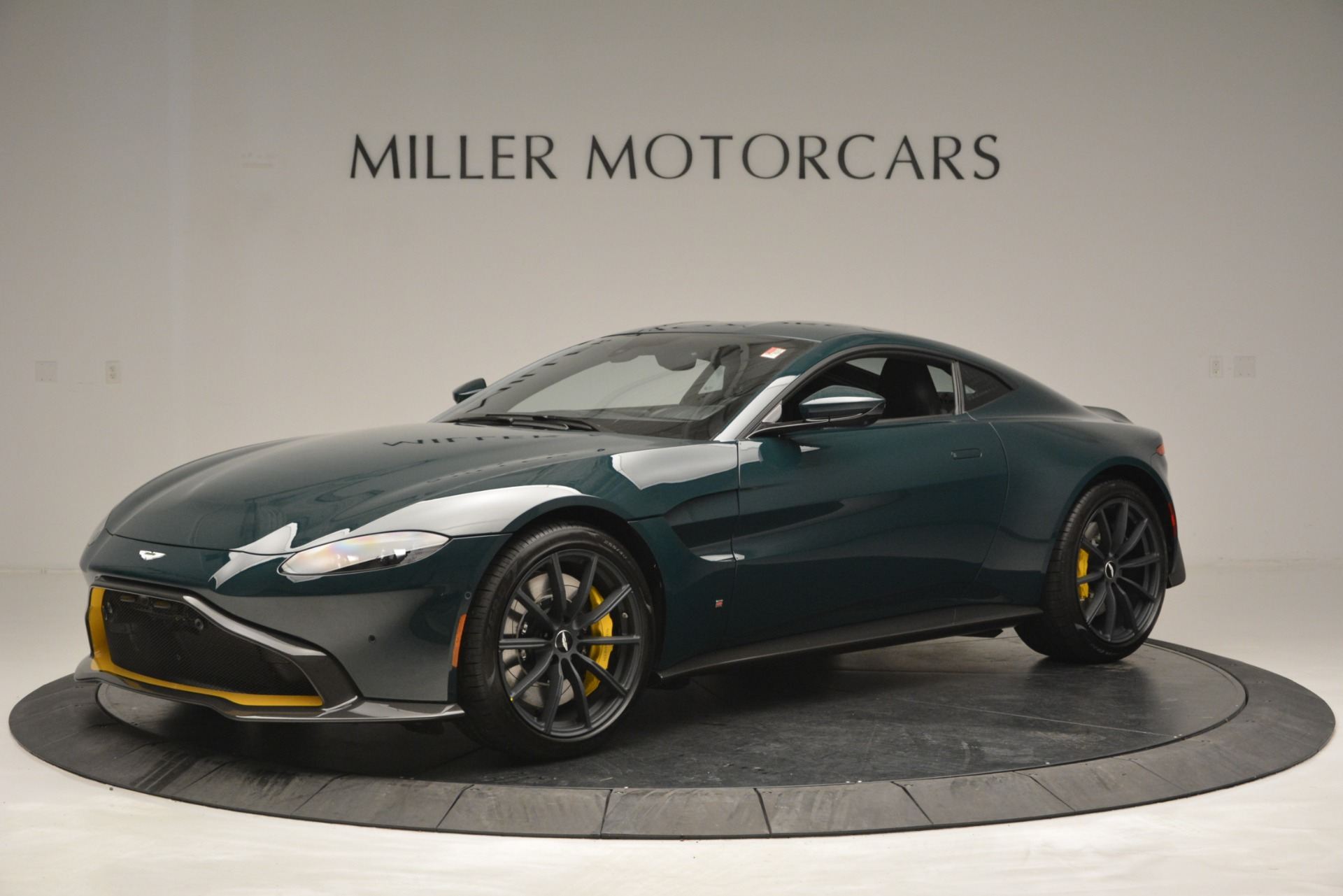 Used 2019 Aston Martin Vantage Coupe For Sale In Greenwich, CT 2929_main
