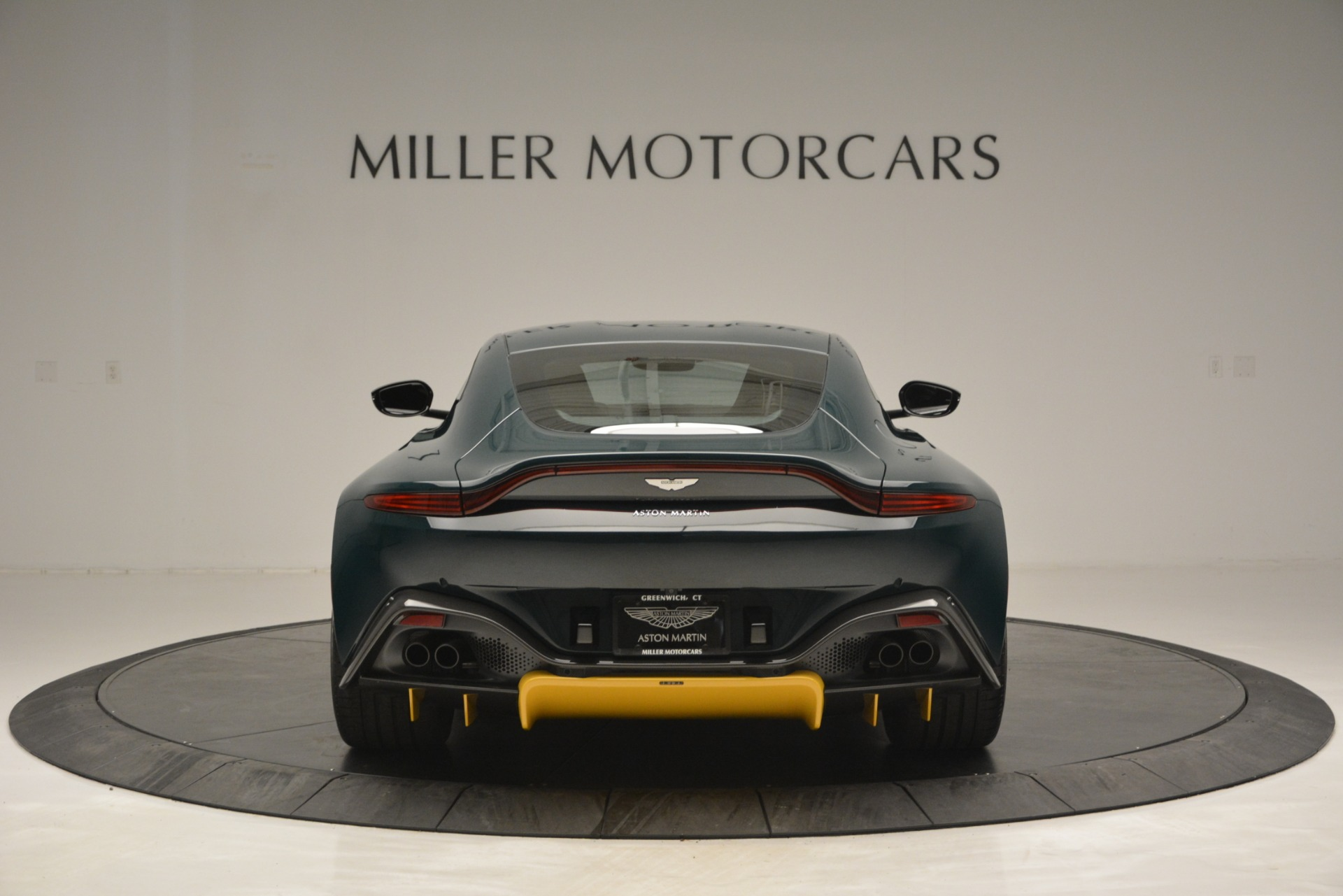 New 2019 Aston Martin Vantage Coupe For Sale In Greenwich, CT 2929_p6