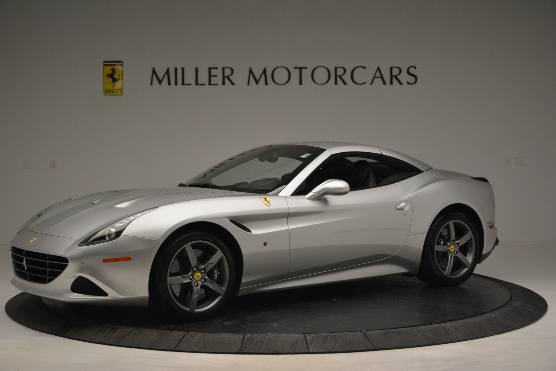 Used 2017 Ferrari California T Handling Speciale For Sale In Greenwich, CT 2931_p14