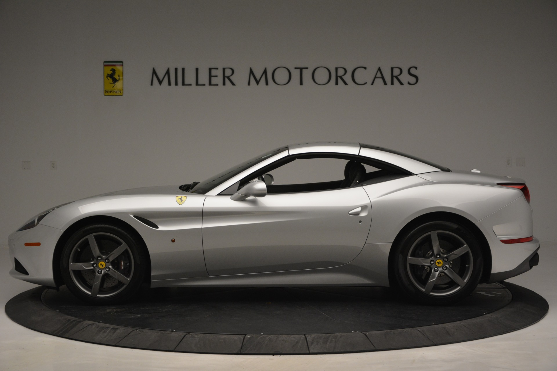 Used 2017 Ferrari California T Handling Speciale For Sale In Greenwich, CT 2931_p15