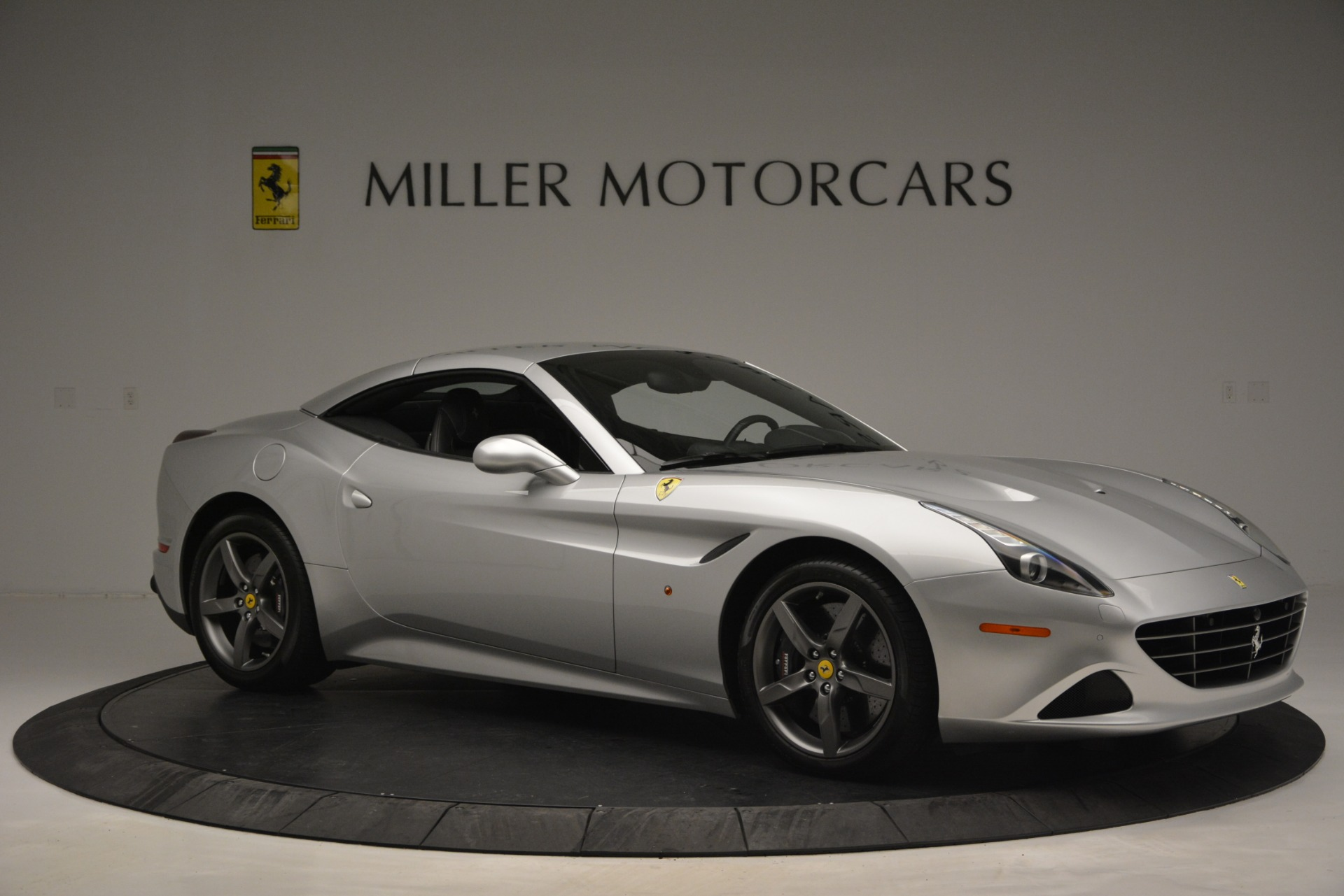 Used 2017 Ferrari California T Handling Speciale For Sale In Greenwich, CT 2931_p22