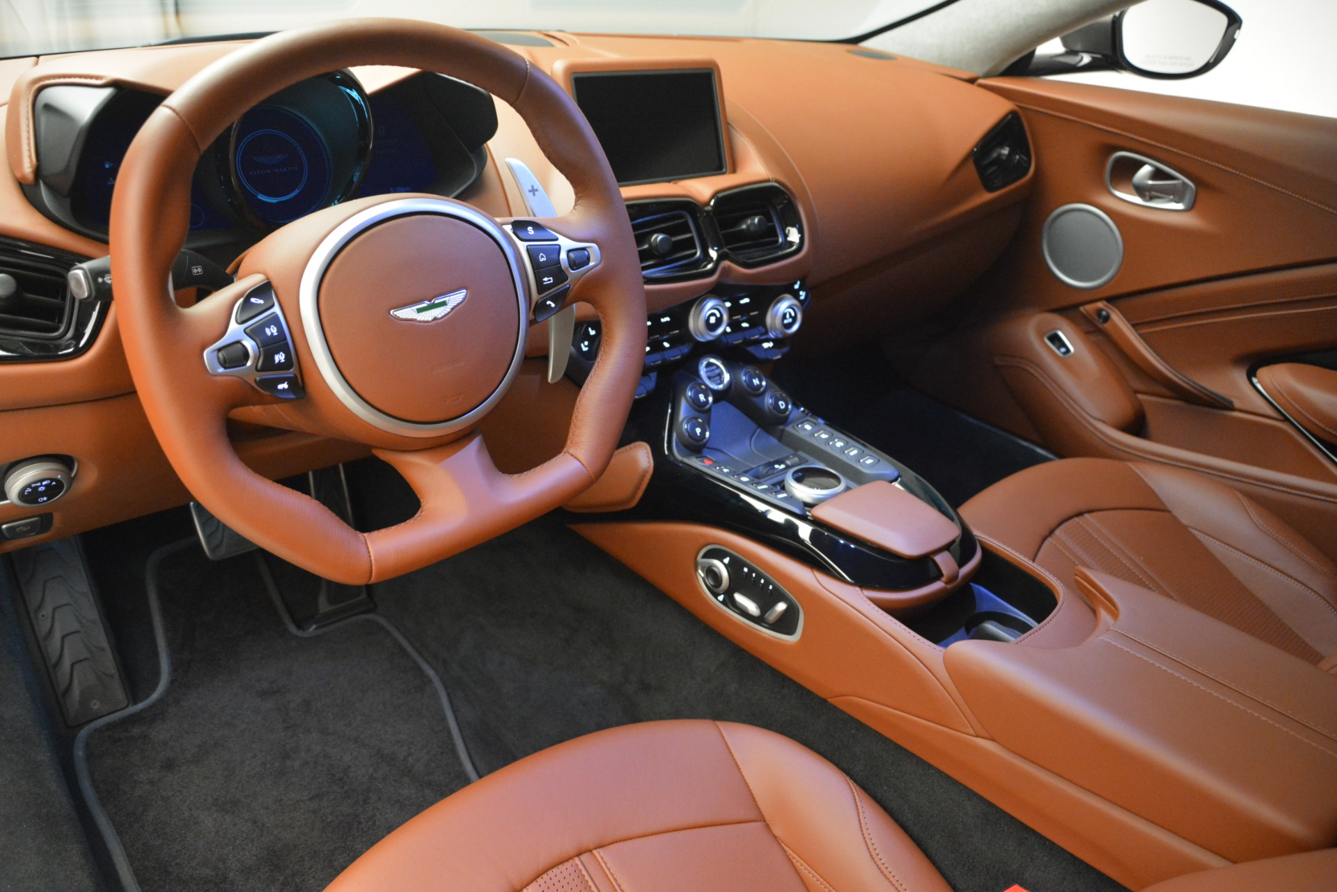 Used 2019 Aston Martin Vantage  For Sale In Greenwich, CT 2932_p14