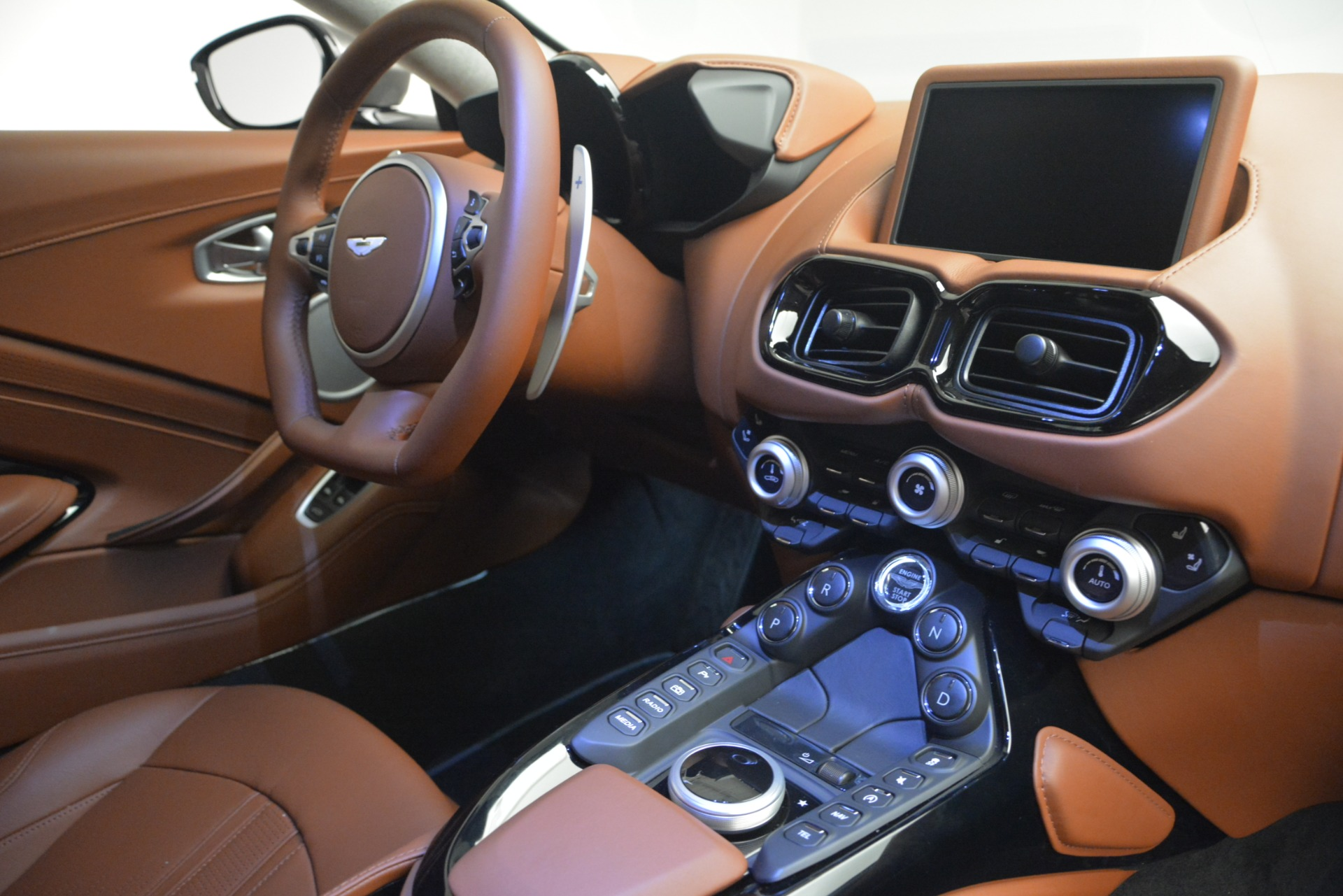 Used 2019 Aston Martin Vantage  For Sale In Greenwich, CT 2932_p18