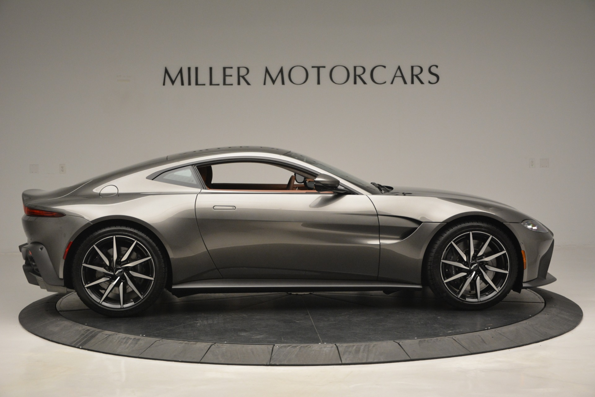 Used 2019 Aston Martin Vantage  For Sale In Greenwich, CT 2932_p8