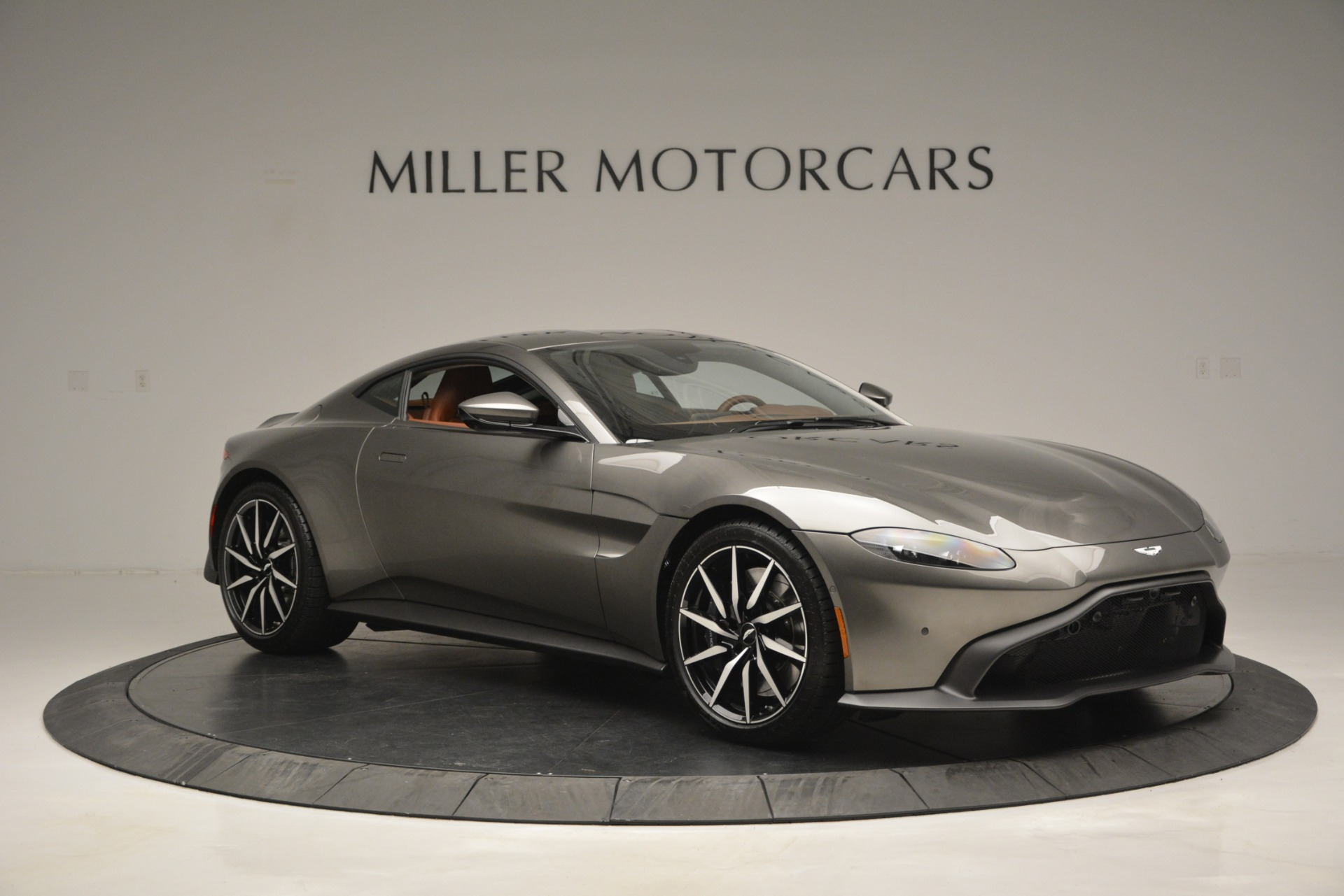 Used 2019 Aston Martin Vantage  For Sale In Greenwich, CT 2932_p9