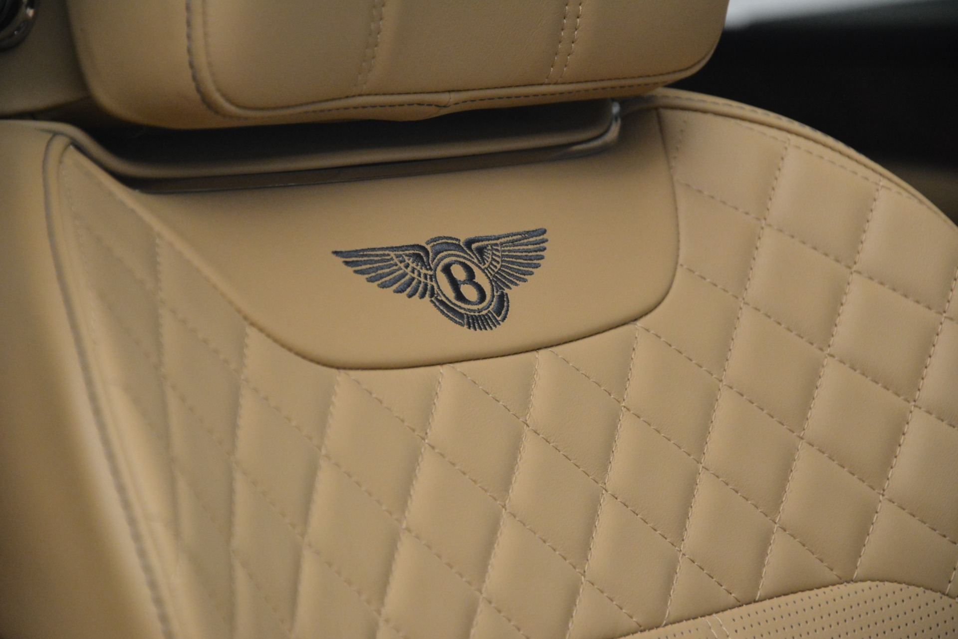 Used 2017 Bentley Bentayga W12 For Sale In Greenwich, CT 2934_p20