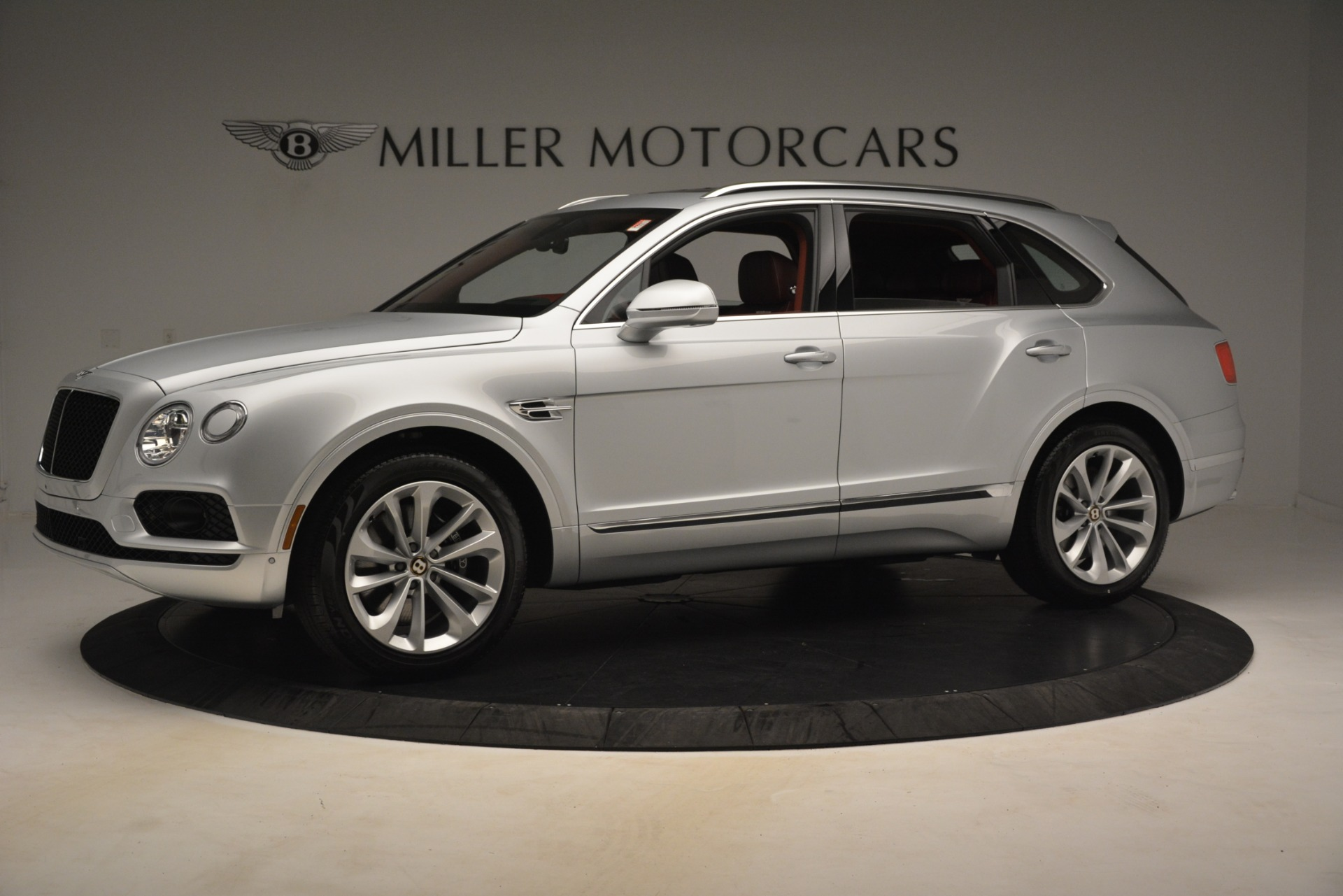 New 2019 Bentley Bentayga V8 For Sale In Greenwich, CT 2935_p2