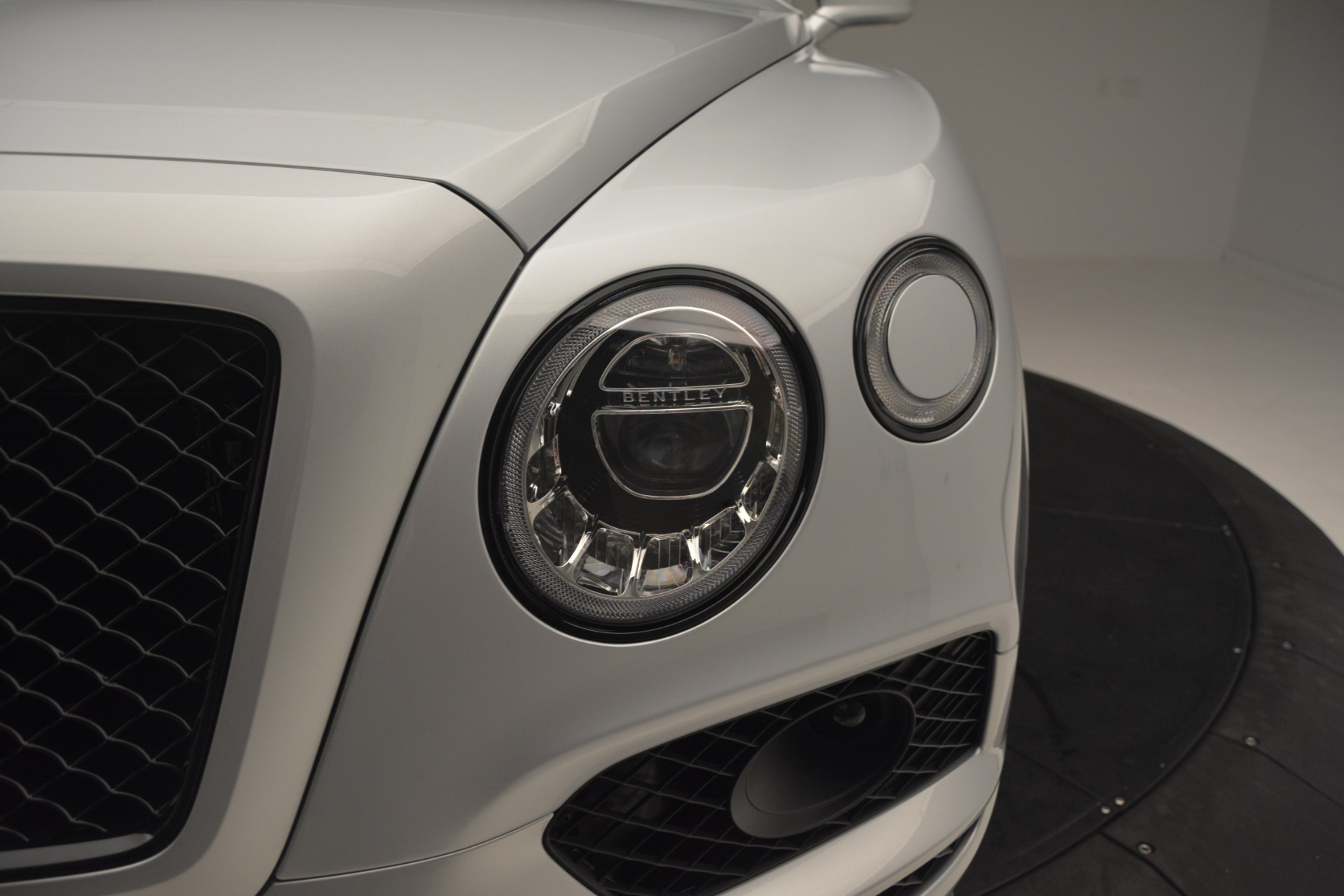 New 2019 Bentley Bentayga V8 For Sale In Greenwich, CT 2936_p16