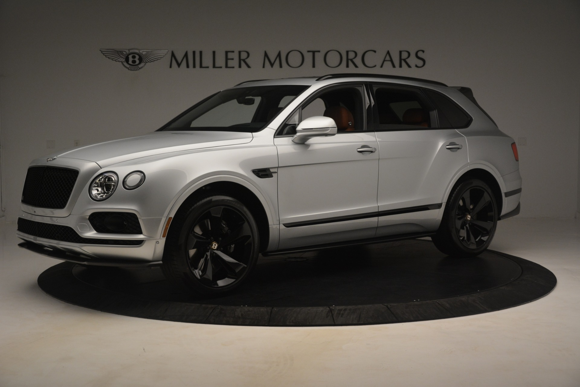 New 2019 Bentley Bentayga V8 For Sale In Greenwich, CT 2936_p2