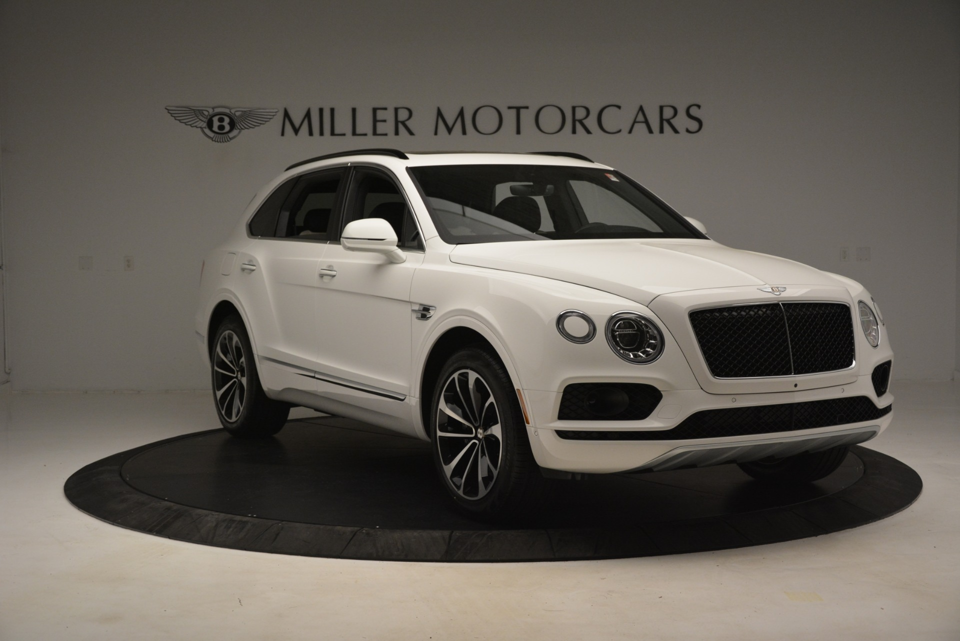 New 2019 Bentley Bentayga V8 For Sale In Greenwich, CT 2937_p11