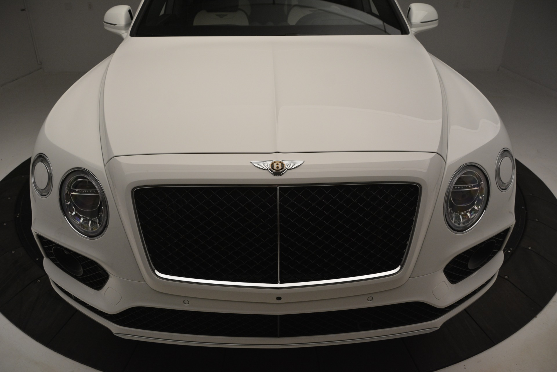 New 2019 Bentley Bentayga V8 For Sale In Greenwich, CT 2937_p13