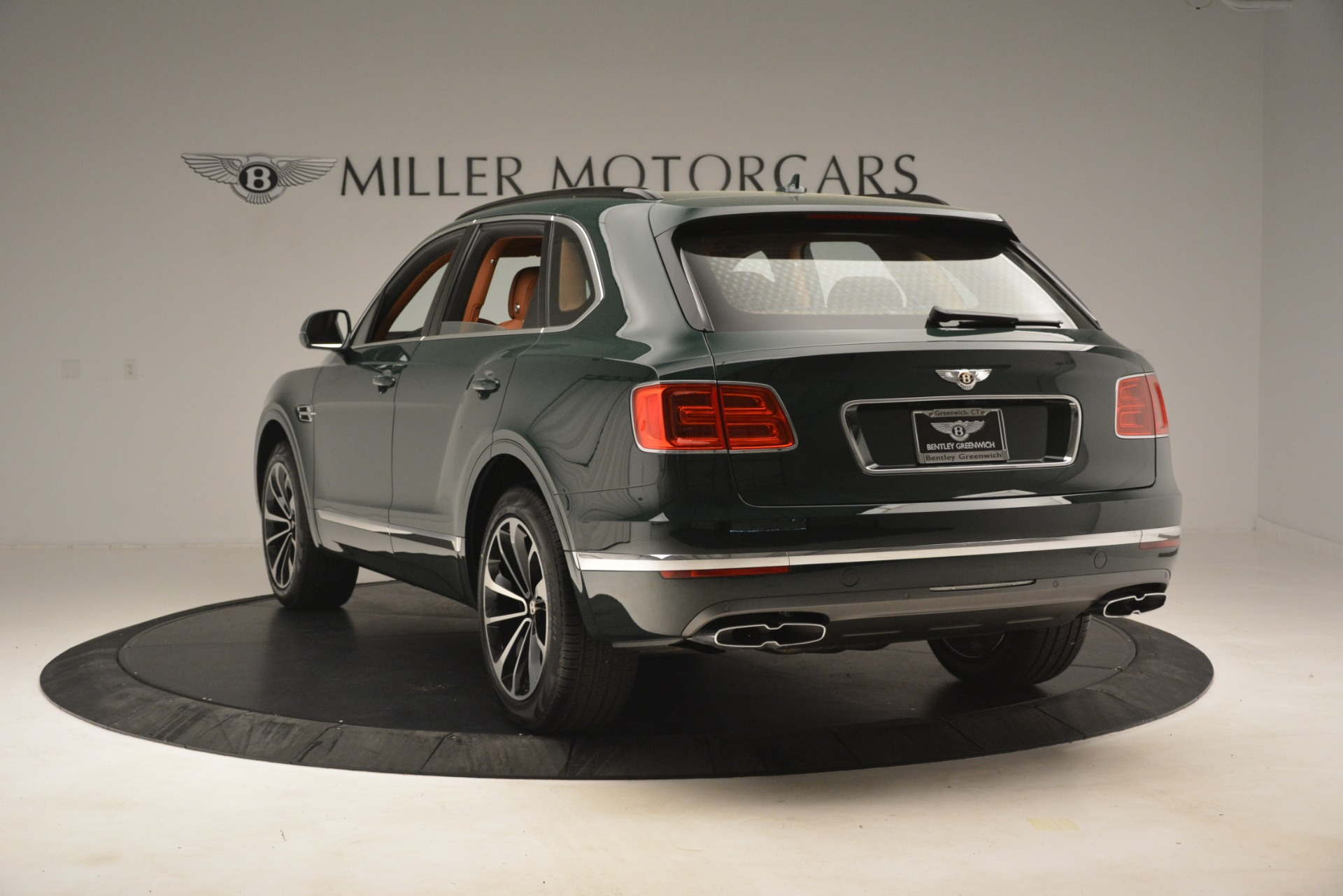 New 2019 Bentley Bentayga V8 For Sale In Greenwich, CT 2940_p5