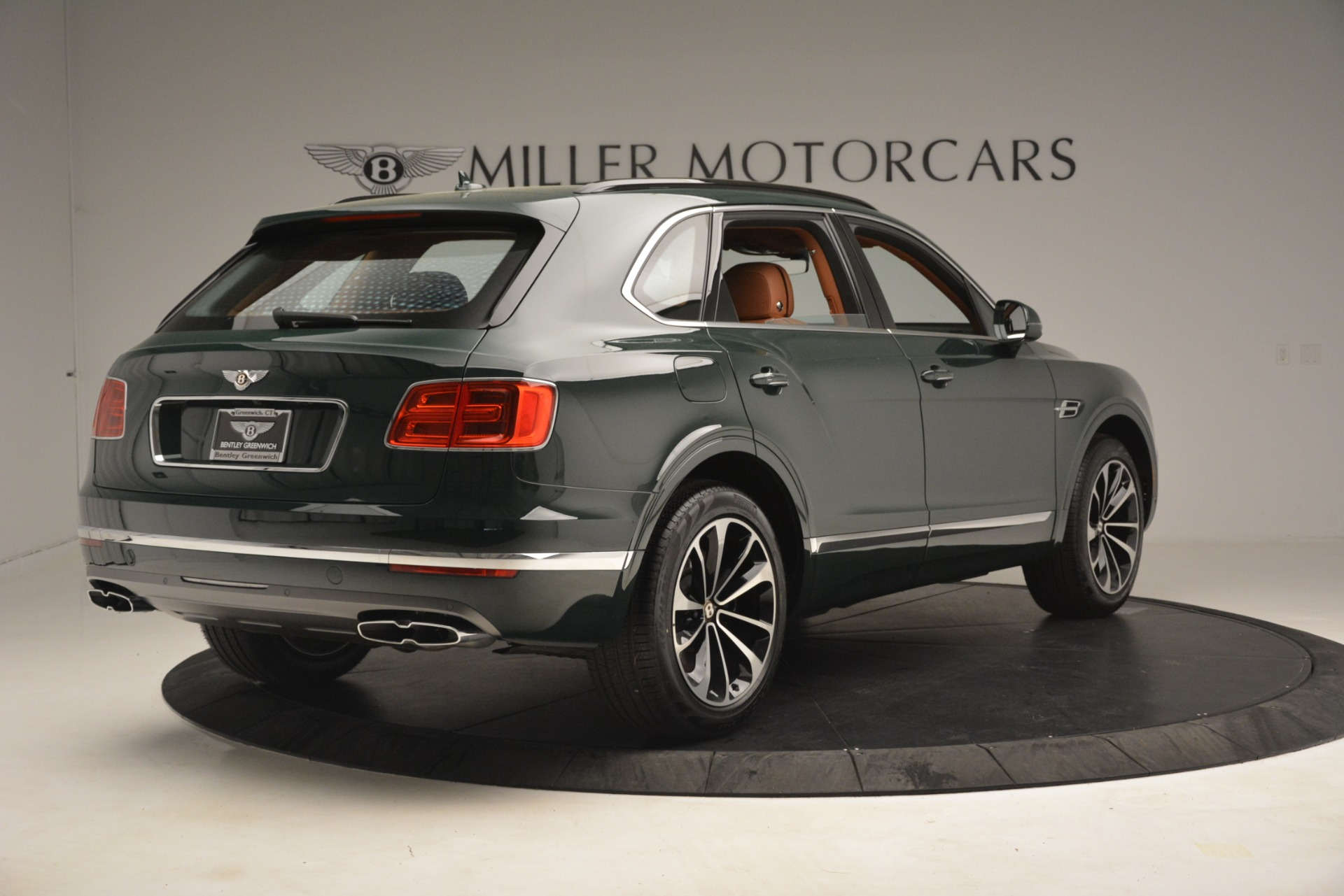 New 2019 Bentley Bentayga V8 For Sale In Greenwich, CT 2940_p8