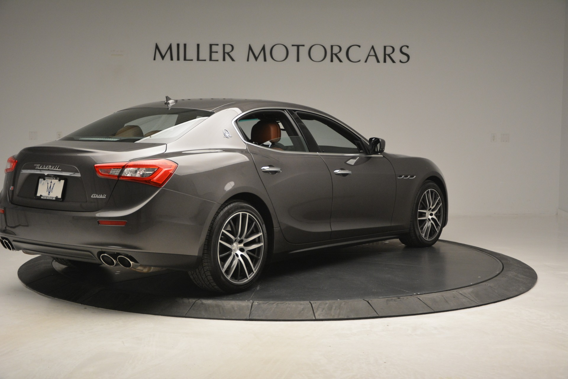 Used 2015 Maserati Ghibli S Q4 For Sale In Greenwich, CT 2941_p9