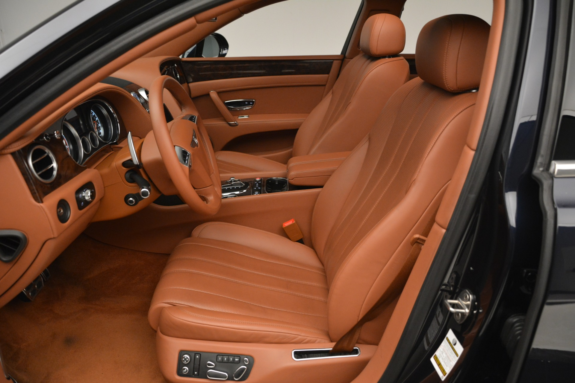 Used 2016 Bentley Flying Spur W12 For Sale In Greenwich, CT 2943_p16