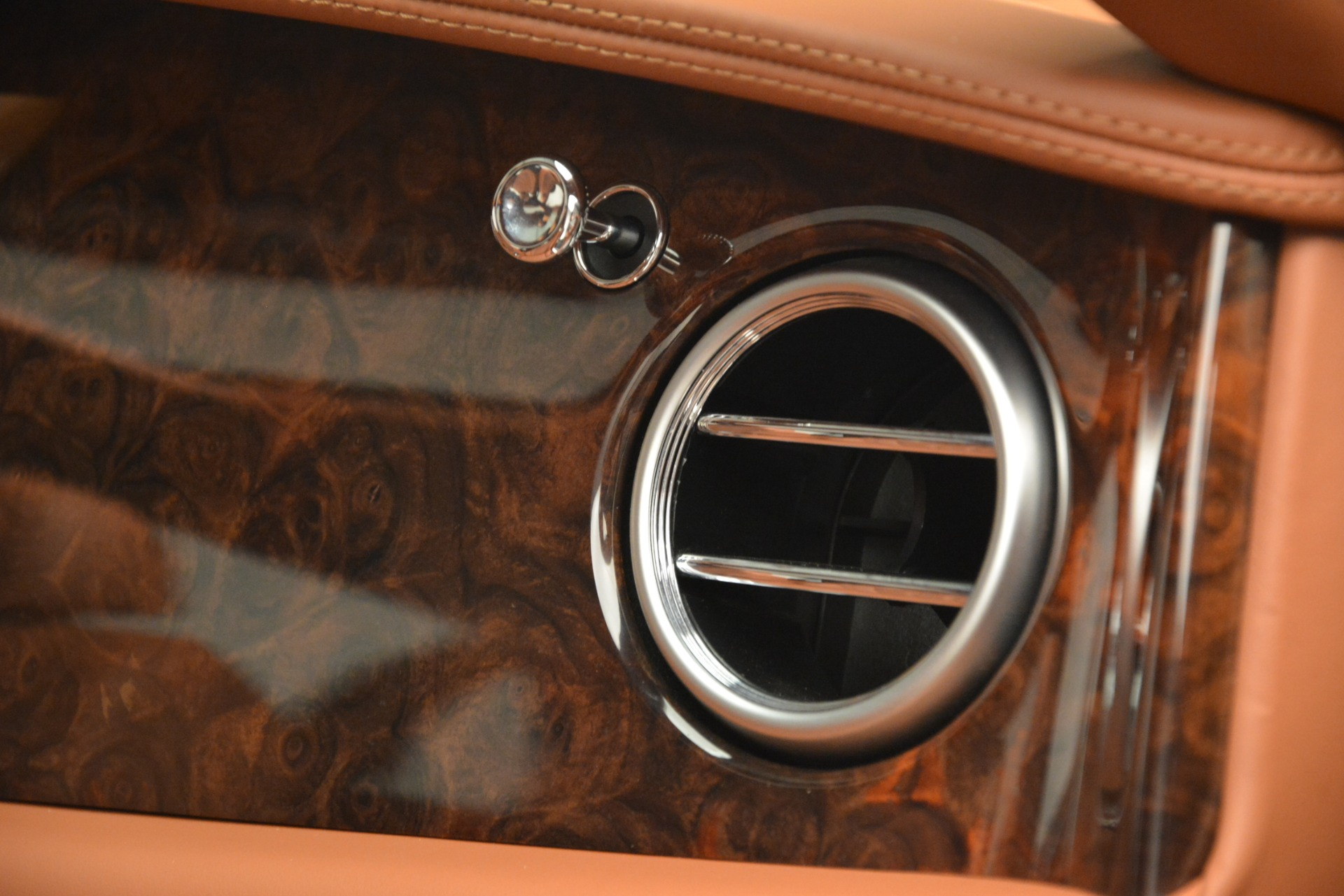 Used 2016 Bentley Flying Spur W12 For Sale In Greenwich, CT 2943_p21