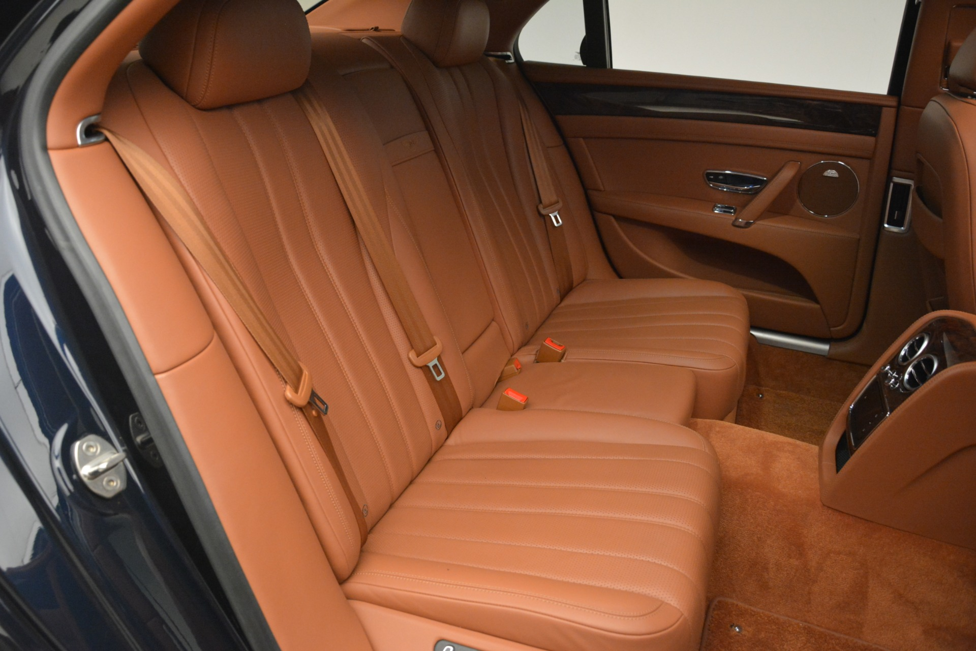 Used 2016 Bentley Flying Spur W12 For Sale In Greenwich, CT 2943_p26