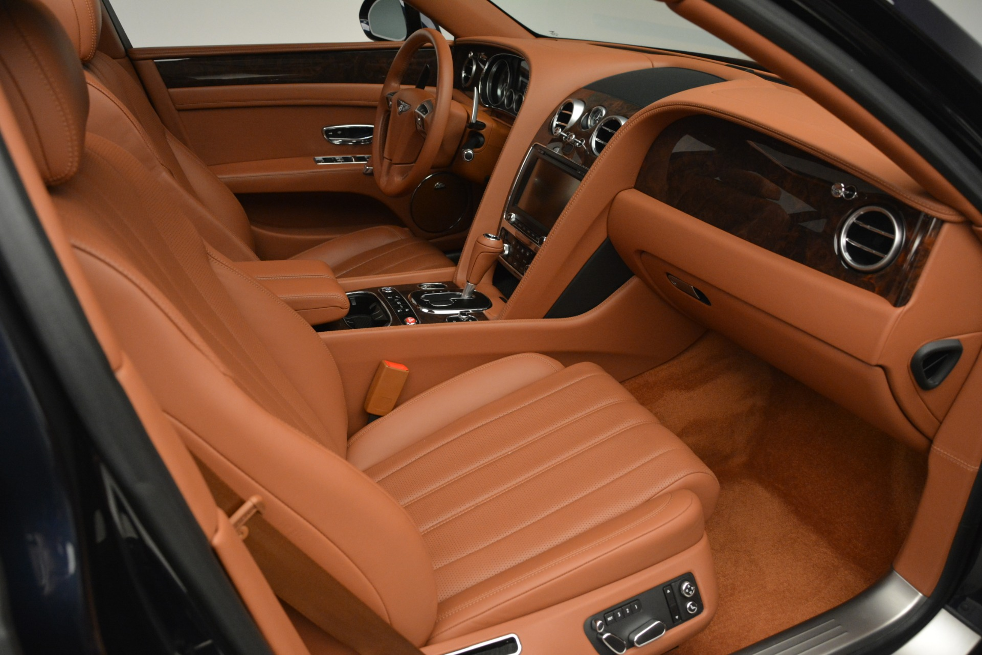 Used 2016 Bentley Flying Spur W12 For Sale In Greenwich, CT 2943_p27