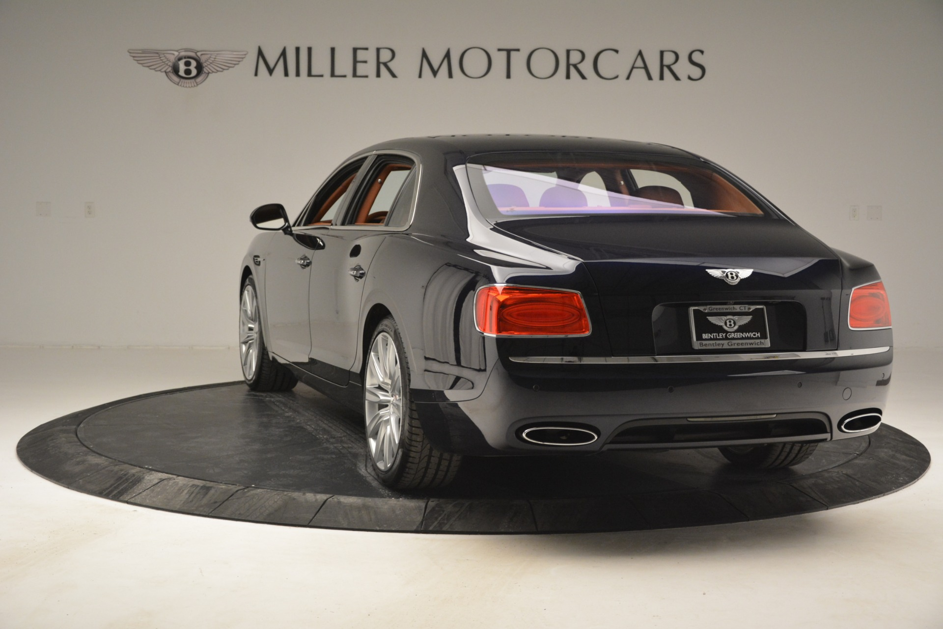 Used 2016 Bentley Flying Spur W12 For Sale In Greenwich, CT 2943_p5