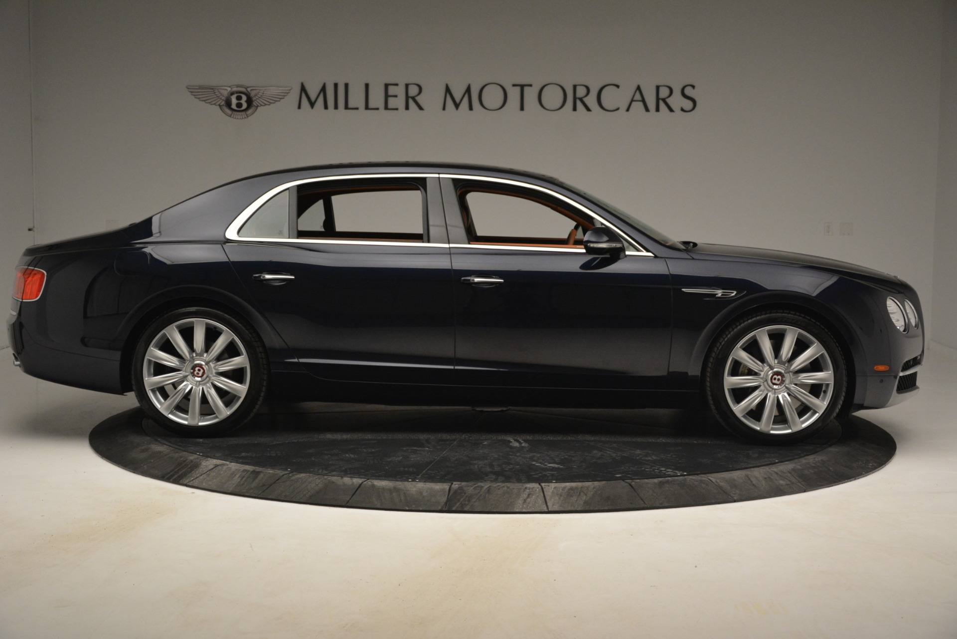 Used 2016 Bentley Flying Spur W12 For Sale In Greenwich, CT 2943_p9