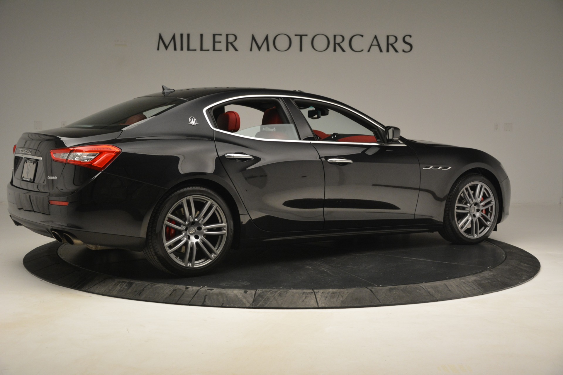 Used 2016 Maserati Ghibli S Q4 For Sale In Greenwich, CT 2945_p10