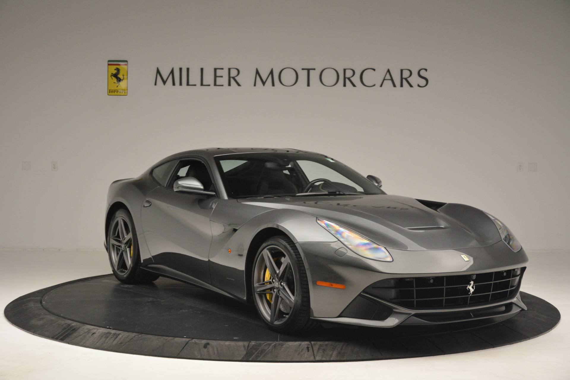 Used 2016 Ferrari F12 Berlinetta  For Sale In Greenwich, CT 2946_p11