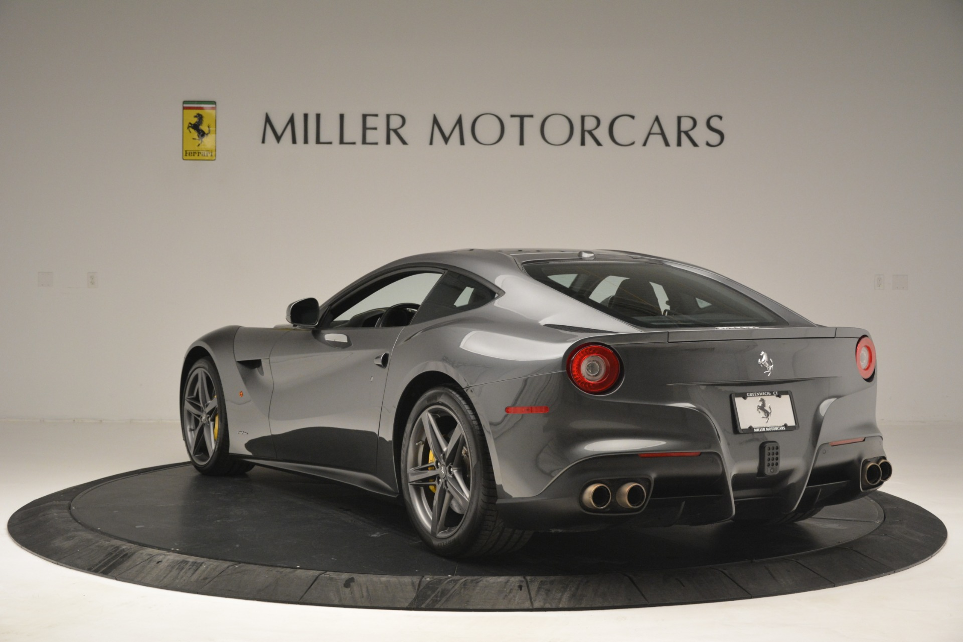 Used 2016 Ferrari F12 Berlinetta  For Sale In Greenwich, CT 2946_p5