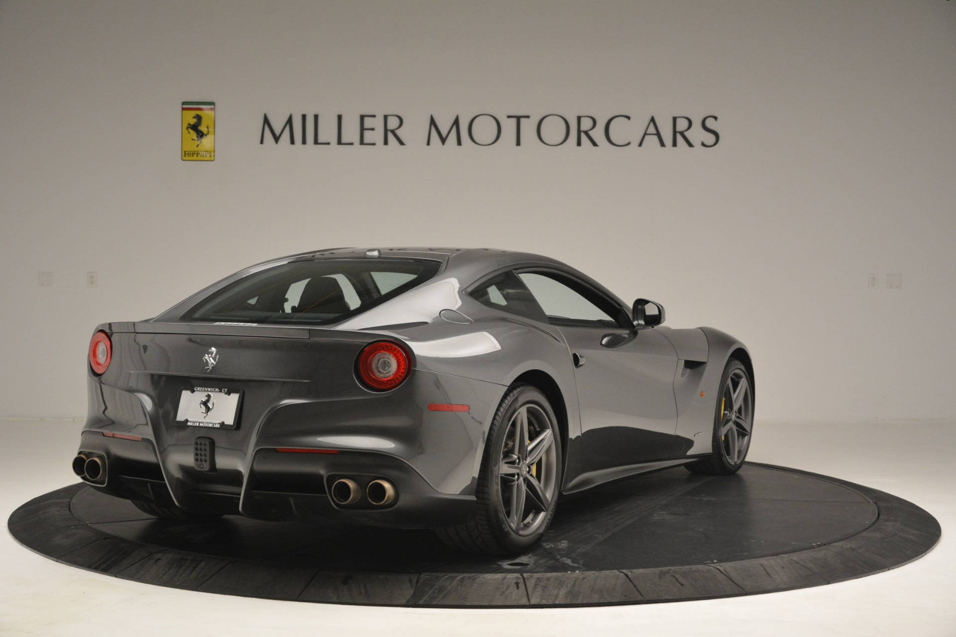 Used 2016 Ferrari F12 Berlinetta  For Sale In Greenwich, CT 2946_p7