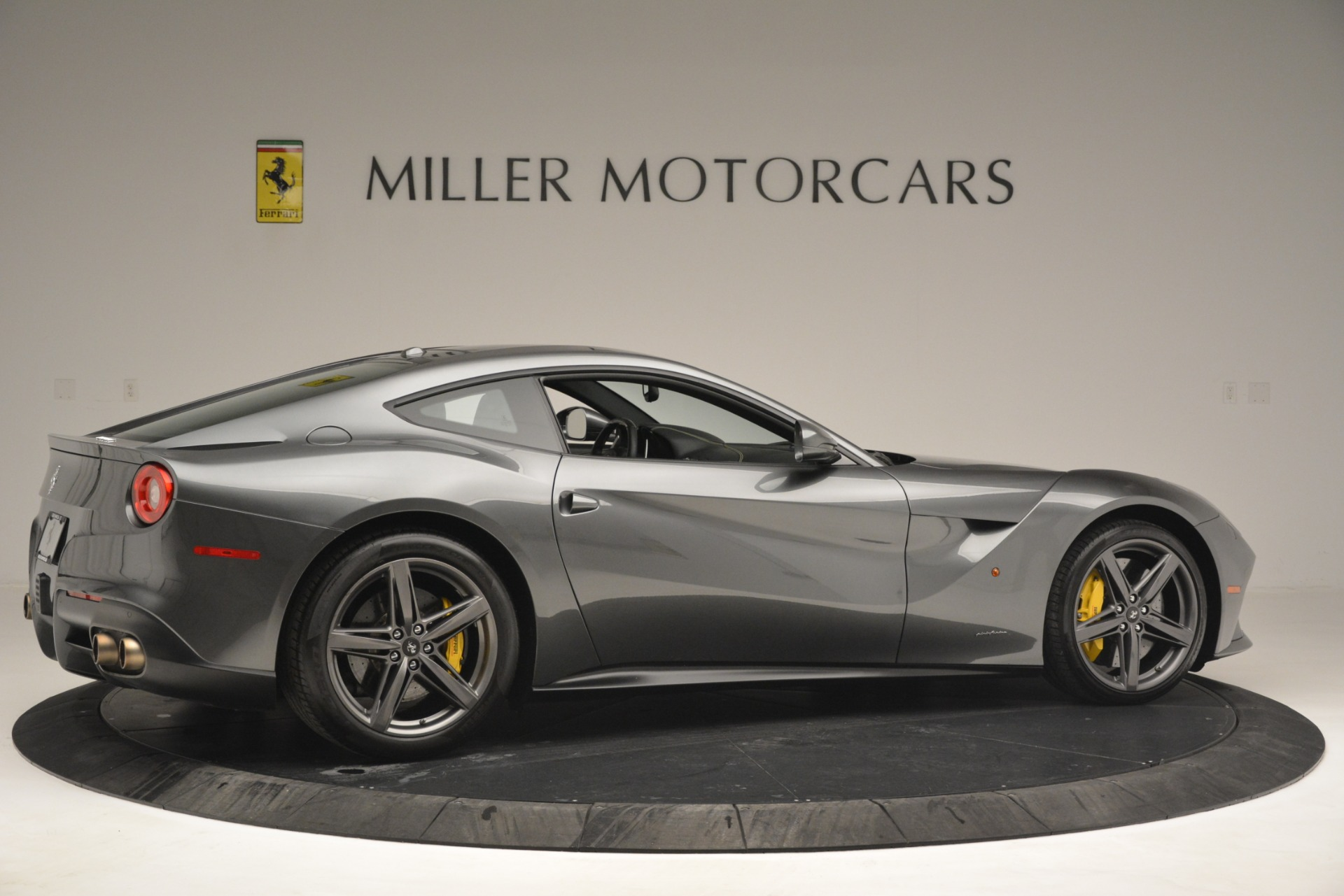 Used 2016 Ferrari F12 Berlinetta  For Sale In Greenwich, CT 2946_p8