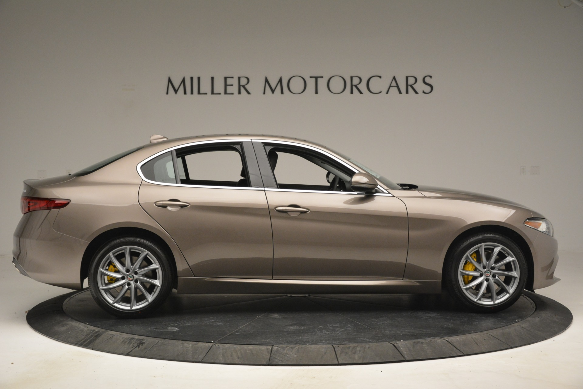 New 2019 Alfa Romeo Giulia Q4 For Sale In Greenwich, CT 2947_p11