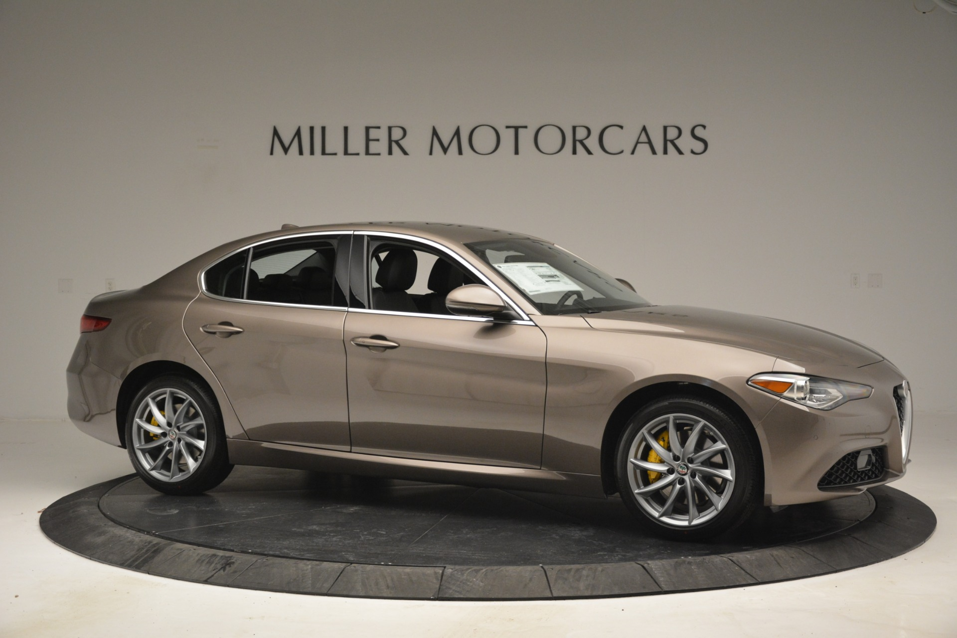 New 2019 Alfa Romeo Giulia Q4 For Sale In Greenwich, CT 2947_p12